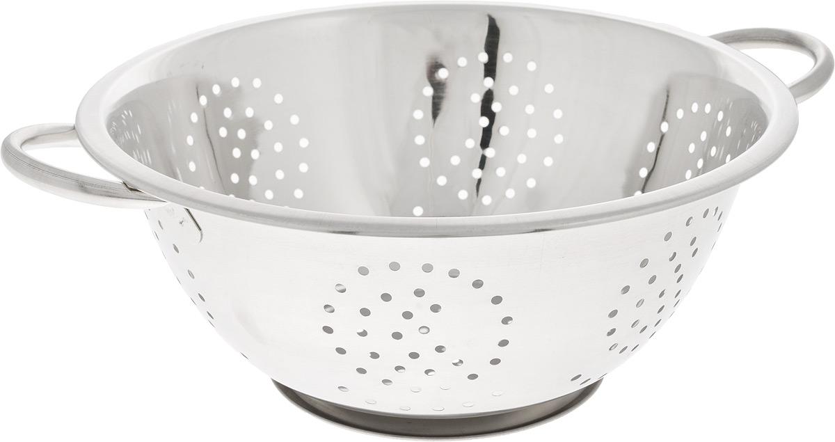 Дуршлаг SSW, диаметр 28 см115510Дуршлаг SSW, изготовленный из высококачественного металла, станет полезным приобретением для вашей кухни. Он предназначен для сливания жидкости, например, после варки макаронных изделий, круп или картофеля. Также дуршлаг используется для мытья и промывания ягод, грибов, мелких фруктов и овощей. Дуршлаг оснащен устойчивым основанием и удобными ручками по бокам.Диаметр (по верхнему краю): 28 см. Ширина (с учетом ручек): 35 см. Диаметр основания: 14 см. Высота: 11 см.