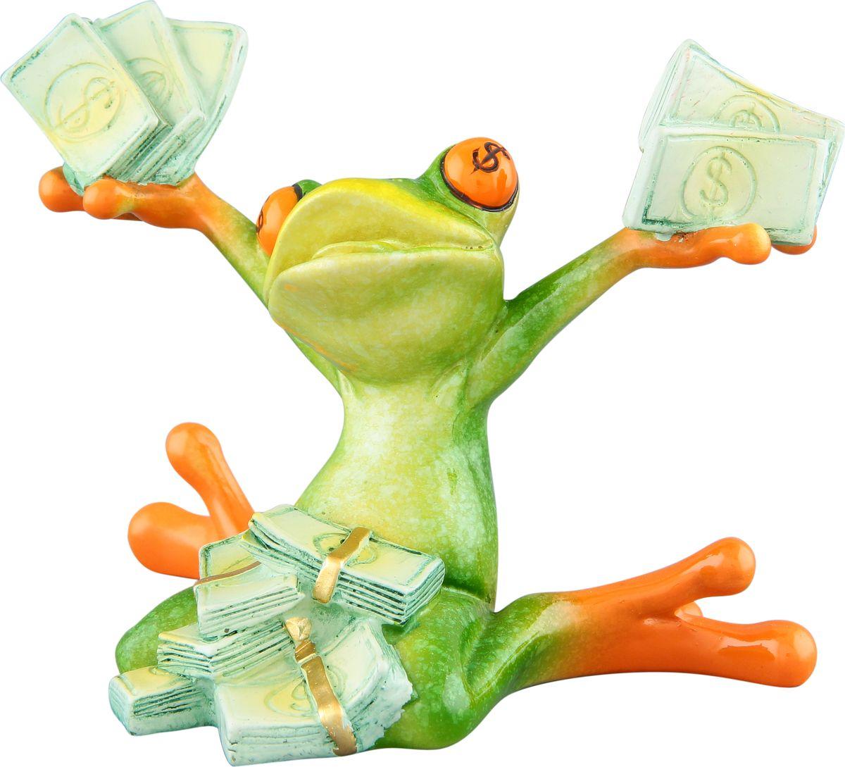 Фигурка декоративная Elan Gallery Денежная лягушка к прибыли, высота 9,5 смTHN132NДекоративные фигурки - это отличный способ разнообразить внутреннее убранство вашего дома. Декоративная фигурка с изображением лягушки станет прекрасным сувениром, который вызовет улыбку и поднимет настроение.Фигурка выполнена из полистоуна.Размер статуэтки: 12 х 9 х 9,5 см.