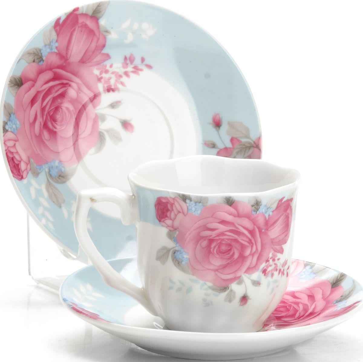 Набор кофейный Loraine, 12 предметов. 4333025958Кофейный сервиз на 6 персон изготовлен из качественного фарфора и оформлен красивым цветочным рисунком. Элегантный и удобный кофейный сервиз не только украсит сервировку стола, но и поднимет настроение и превратит процесс чаепития в одно удовольствие.Сервиз состоит из 12 предметов: шести чашек и шести блюдец, упакованных в подарочную коробку. Чашки имеют удобную, изящную ручку. Изделия легко и просто мыть. Кофейный сервиз прекрасно подойдет в качестве подарка для родных и друзей на любой праздник!Диаметр чашки: 6 см.Высота чашки: 5,5 см.Объем чашки: 80 мл.Диаметр блюдца: 11 см.