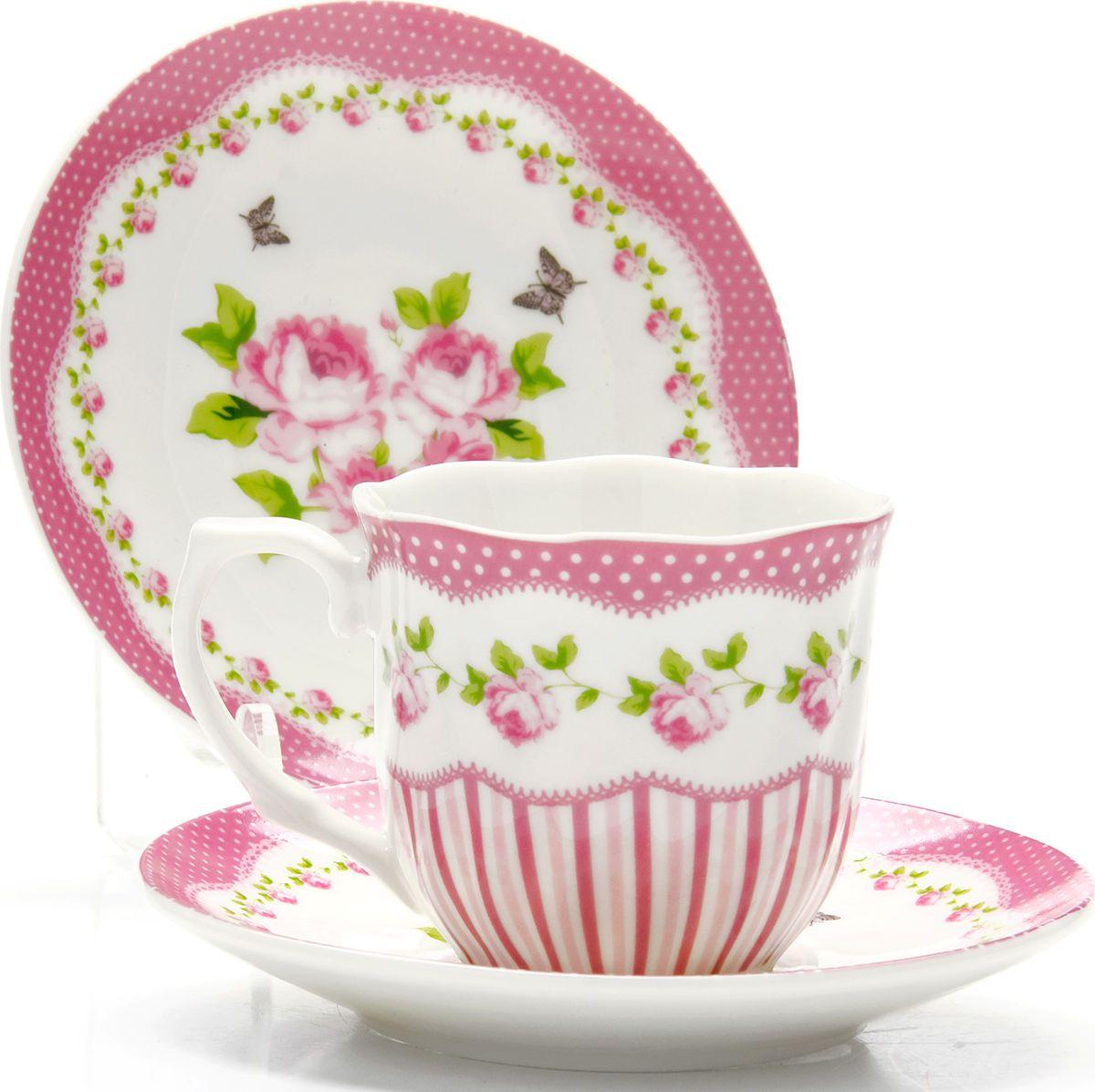 Набор кофейный Loraine, 12 предметов. 43331115510Кофейный сервиз на 6 персон изготовлен из качественного фарфора и оформлен красивым цветочным рисунком. Элегантный и удобный кофейный сервиз не только украсит сервировку стола, но и поднимет настроение и превратит процесс чаепития в одно удовольствие.Сервиз состоит из 12 предметов: шести чашек и шести блюдец, упакованных в подарочную коробку. Чашки имеют удобную, изящную ручку. Изделия легко и просто мыть. Кофейный сервиз прекрасно подойдет в качестве подарка для родных и друзей на любой праздник!Диаметр чашки: 6 см.Высота чашки: 5,5 см.Объем чашки: 80 мл.Диаметр блюдца: 11 см.