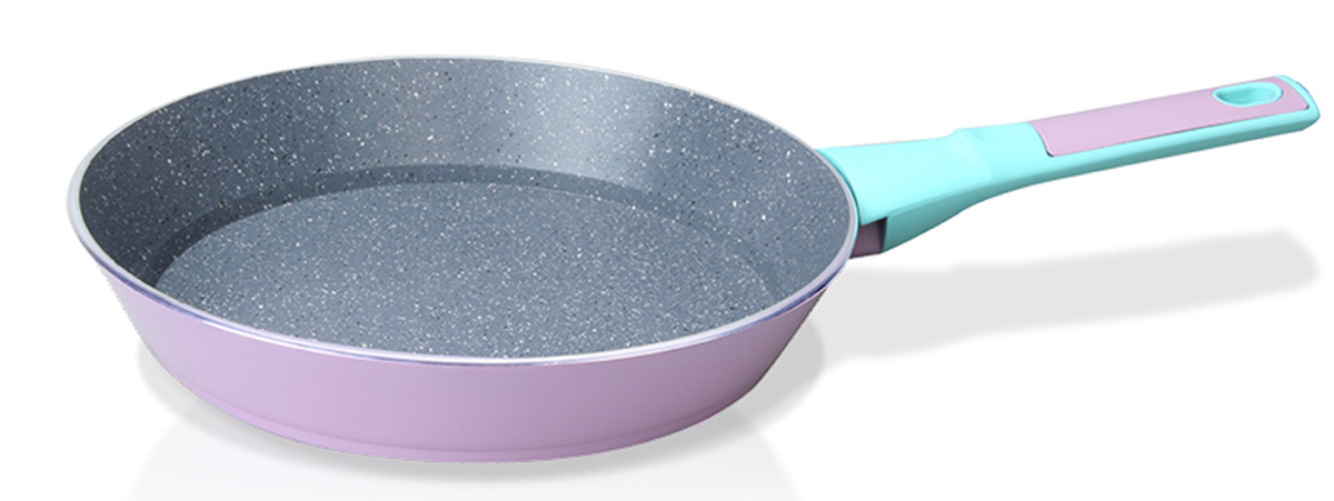 Сковорода Fissman Bora Bora, с антипригарным покрытием. Диаметр 24 см391602Сковорода Fissman Bora Bora изготовлена из алюминия с многослойным сверхпрочным антипригарным покрытием TouchStone, состоящим из нескольких слоев натуральной каменной крошки на основе минеральных компонентов. Первый слой улучшает сцепление покрытия с металлом, второй слой - грунтовый, третий слой - более прочное покрытие на основе минеральных компонентов, четвертый слой - высокопрочное антипригарное покрытие, усиленное вкраплением каменных частиц, пятый дополнительный антипригарный слой с керамическими частицами. Такое покрытие безопасно для здоровья человека и не вредит окружающей среде. Индукционное дно сковороды равномерно прогревается, что позволяет готовить продукты за более короткое время. Удобная мягкая ручка, выполненная из бакелита, не скользит в мокрых руках и не нагревается в процессе приготовления. Подходит для газовых, электрических, стеклокерамических, индукционных плит. Можно мыть в посудомоечной машине. Высота стенок: 4,5 см. Длина ручки: 17 см.