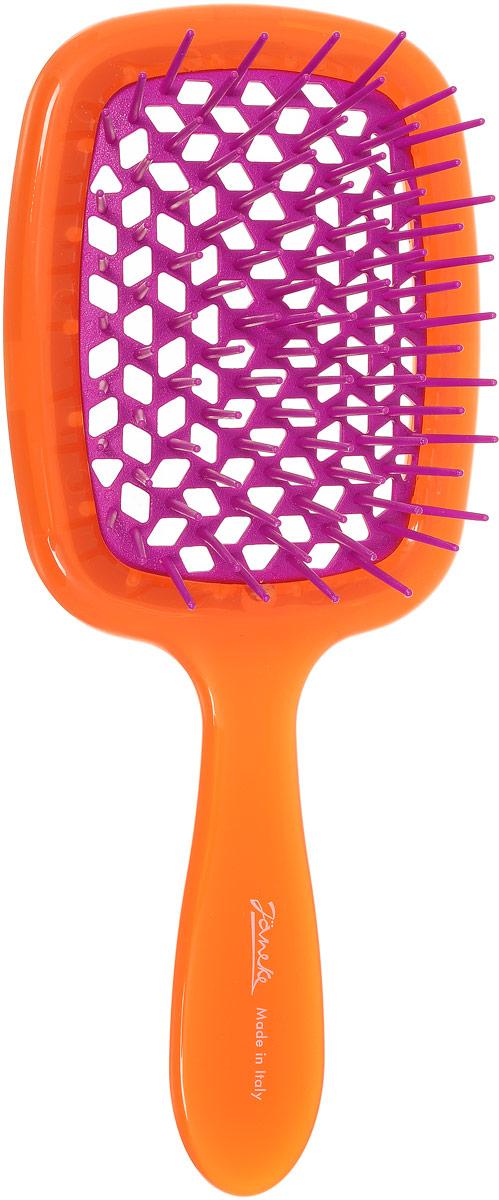 Janeke Щетка для волос. 86SP226 ARA808655Марка Janeke – мировой лидер по производству расчесок, щеток, маникюрных принадлежностей, зеркал и косметичек. Марка Janeke, основанная в 1830 году, вот уже почти 180 лет поддерживает непревзойденное качество своей продукции, сочетая новейшие технологии с традициями старых миланских мастеров. Все изделия на 80% производятся вручную, а инновационные технологии и современные материалы делают продукцию марки поистине уникальной. Стильный и эргономичный дизайн, яркие цветовые решения – все это приносит истинное удовольствие от использования аксессуаров Janeke. Цветная линия - это расчески и щетки,изготовленные из высококачественного пластика. Цвета меняются два раза в год в соответствии с последними трендами моды.