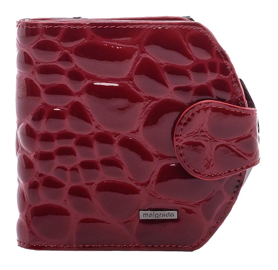 Кошелек женский Malgrado, цвет: бордовый. 41007-1B-384021-022_516Стильный кошелек Malgrado изготовлен из натуральной кожи высшего качества c тиснением под крокодила. Внутри два глубоких кармана для купюр, три кармашка для визиток, один пластиковый кармашек для фото. Сзади расположен карман на защелке для мелочи. Кошелек закрывается хлястиком на кнопку.Кошелек упакован в коробку из плотного картона с логотипом фирмы. Такой кошелек станет замечательным подарком человеку, ценящему качественные и практичные вещи.