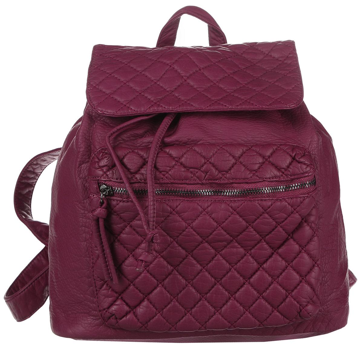 Рюкзак женский OrsOro, цвет: бордовый. D-255/1171069с-2Стильный рюкзак OrsOro, выполнен из экокожи и оснащен двумя плечевыми регулируемыми ремнями на спинке и удобной ручкой для переноски. Изделие затягивается с помощью шнурка и закрывается клапаном на кнопку, внутри имеет одно вместительное отделение с одним накладным карманом для телефона и мелочей и одним прорезным карманом на застежке-молнии. С тыльной стороны изделия имеется прорезной карман на застежке-молнии. Рюкзак оснащен также передним накладным карманом на молнии .Сумка-рюкзак OrsOro - это выбор молодой, уверенной, стильной женщины, которая ценит качество и комфорт. Изделие станет изысканным дополнением к вашему образу.