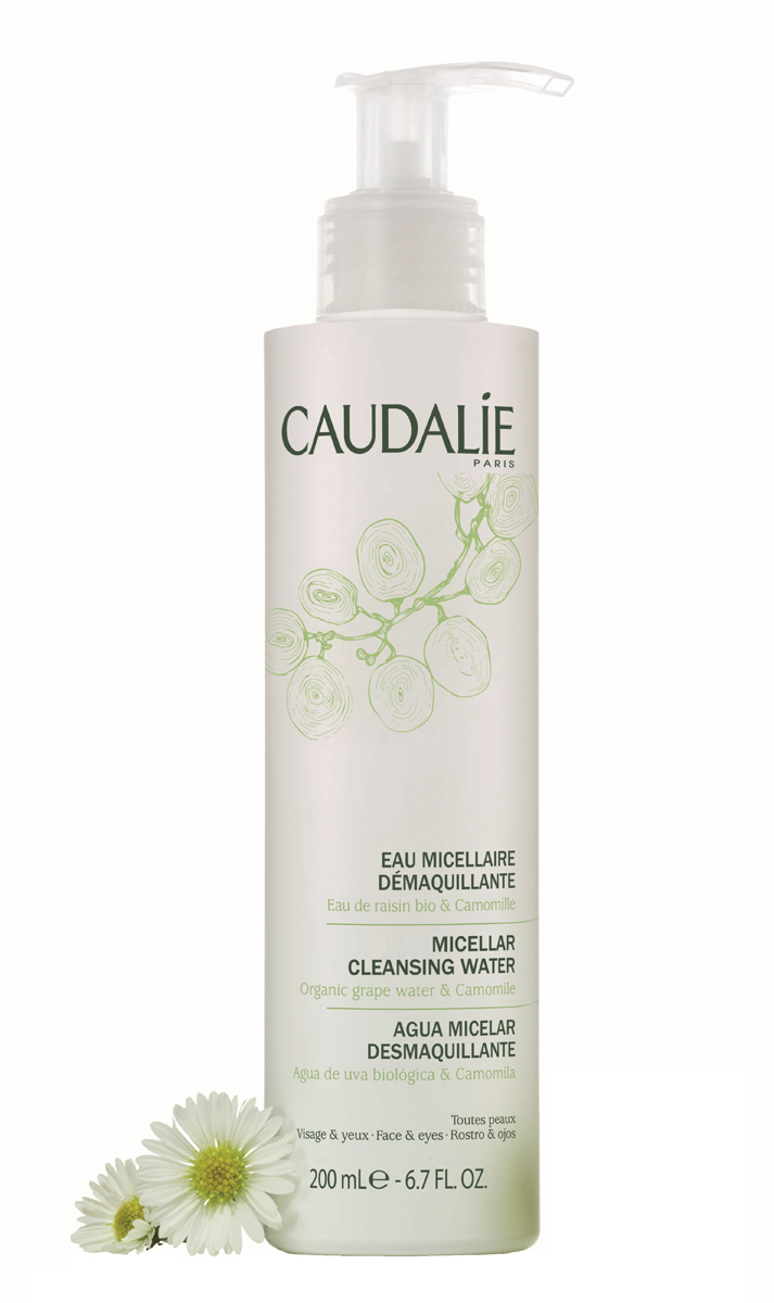 Caudalie Мицеллярная вода для снятия макияжа, 200 мл142Мицеллярная вода Caudalie великолепно очищает и снимает макияж. Подходит для самой чувствительной кожи и снятия макияжа с глаз. Характеристики:Объем: 200 мл. Артикул: 142. Производитель: Франция. Товар сертифицирован.