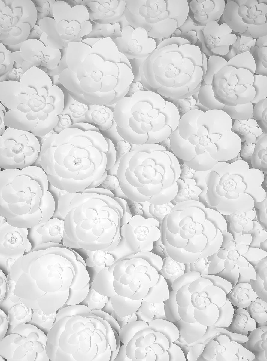 Фотообои Barton Wallpapers Цветы, 200 x 270 см. F2580274-0120Фотообои Barton Wallpapers позволят создать неповторимый облик помещения, в котором они размещены. Фотообои наносятся на стены тем же способом, что и обычные обои. Рельефная структура основы делает фотообои необычными, неповторимыми, глубокими и манящими.Фотообои снова вошли в нашу жизнь, став модным направлением декорирования интерьера. Выбрав правильную фактуру и сюжет изображения можно добиться невероятного эффекта живого присутствия.