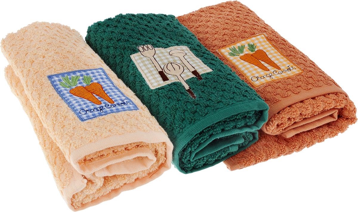 Набор полотенец Bonita Аппликация, цвет: бежевый, зеленый, оранжевый, 40 х 60 см, 3 шт4690400068852Набор из трех полотенец Bonita Аппликация, изготовленных из натурального хлопка, идеально дополнит интерьер вашей кухни и создаст атмосферу уюта и комфорта. Каждое полотенце оформлено вышивкой.Изделия выполнены из натурального материала, поэтому являются экологически чистыми. Высочайшее качество материала гарантирует безопасность не только взрослых, но и самых маленьких членов семьи. Современный декоративный текстиль для дома должен быть экологически чистым продуктом и отличаться ярким и современным дизайном.Кроме того набор упакован в красивую коробку и может послужить отличным подарком.