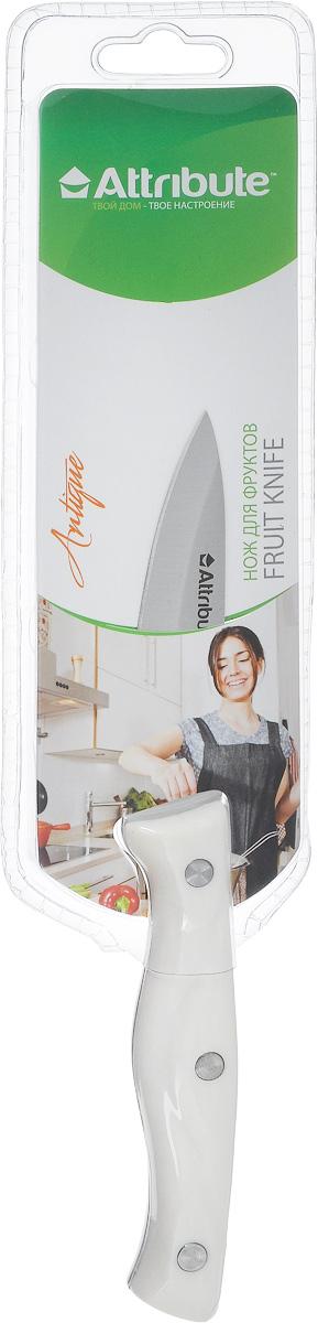Нож для чистки овощей и фруктов Attribute Knife Antique, длина лезвия 8 см68/5/4Нож Attribute Knife Antique изготовлен из высококачественной нержавеющей стали. Такой нож отлично подходит для чистки овощей и фруктов. Эргономичная рукоятка ножа выполнена из устойчивого к повреждениям термостойкого пластика. Нож Attribute Knife Antique предоставит вам все необходимые возможности в успешном приготовлении пищи. Длина лезвия: 8 см.Общая длина ножа: 19 см.