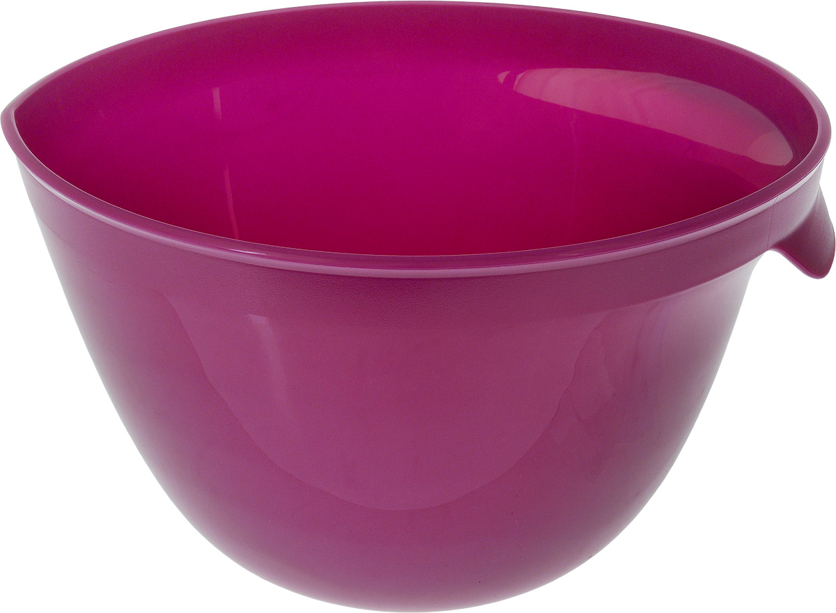 Миска для миксера Curver Essentials, цвет: фиолетовый, 3,5 л00733-437-00Миска для миксера Curver Essentials изготовлена из прочного пищевого пластика, имеет круглую форму. Благодаря высоким стенкам и удобной ручке в такой миске очень удобно смешивать продукты миксером. Носик поможет аккуратно вылить жидкость. Прорезиненное основание предотвращает скольжение миски по столу. Такая миска пригодится в любом хозяйстве, ее также можно использовать для хранения и сервировки различных пищевых продуктов. Можно мыть в посудомоечной машине.Объем: 3,5 л. Диаметр по верхнему краю: 23 см. Высота стенки: 15 см.