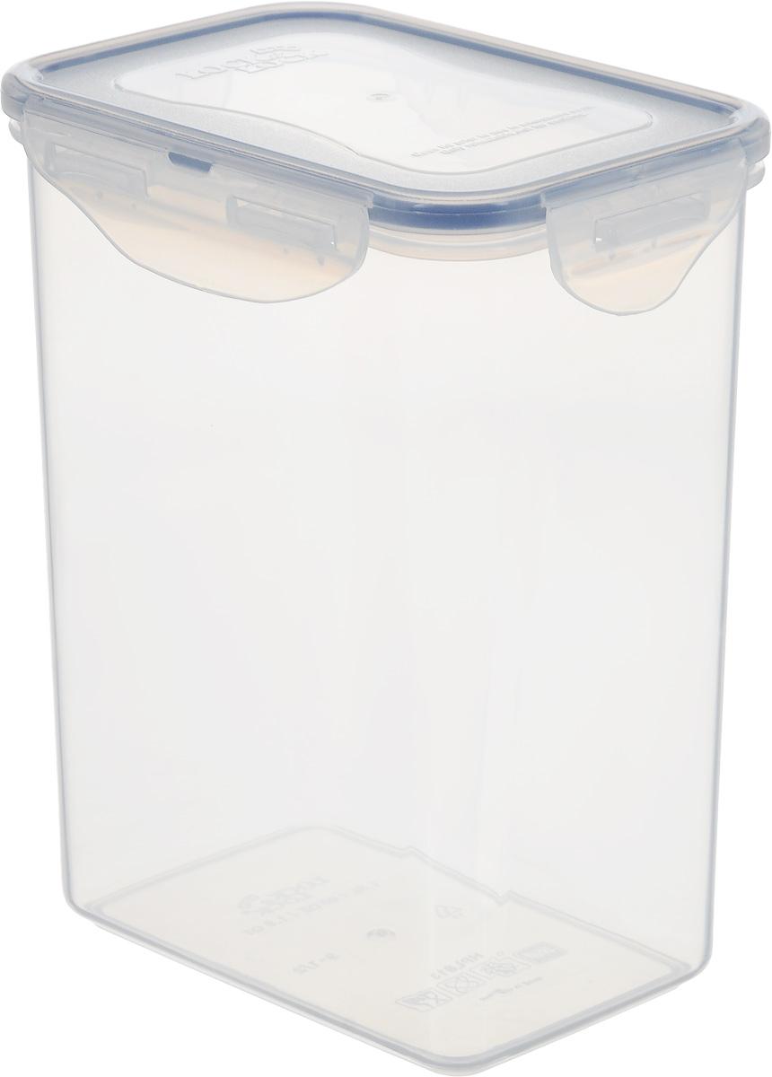 Контейнер пищевой Lock&Lock Classics, 1,8 л115510Контейнер Lock&Lock Classics изготовлен из высококачественного пластика, который не содержит Бисфенол-А, не выделяет вредных веществ. Герметичная пластиковая крышка снабжена уплотнительной резинкой, надежно закрывается с помощью четырех защелок. Контейнер с абсолютной непроницаемостью воды, воздуха и любых запахов. Обеспечивает длительное сохранение свежести продуктов. Подходит для мытья в посудомоечной машине, хранения в холодильных и морозильных камерах, использования в микроволновых печах.