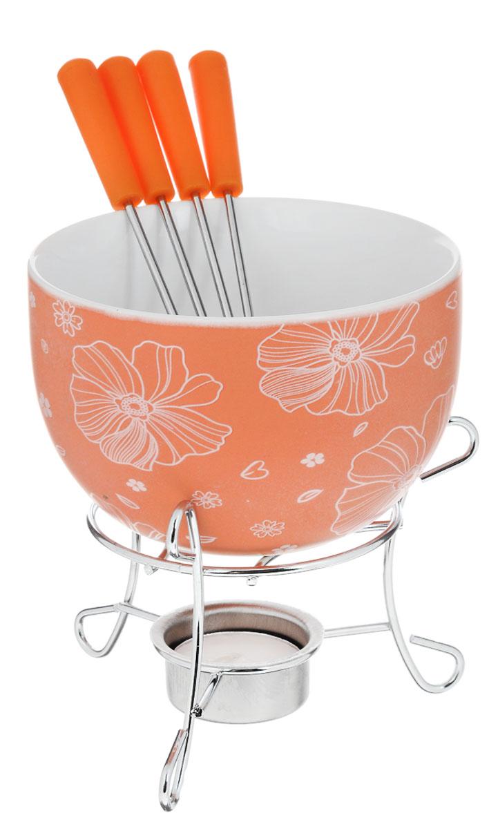 Набор для фондю Fissman Mini, цвет: оранжевый, 8 предметов115510Набор для фондю Fissman Mini состоит из чаши, подставки с подсвечником и 4 вилочек. Чаша изготовлена из глазурованной керамики и декорирована цветочным рисунком. В центре подставки устанавливается свеча-таблетка (входит в комплект), сверху ставится чаша. В наборе имеется 4 вилочки с пластиковыми ручками.В чашечке растапливается шоколад, на вилочки насаживается зефир или фрукты - и вот нехитрый, но очень привлекательный способ украсить вечер в компании самых дорогих и любимых.Диаметр чаши (по верхнему краю): 11,5 см.Высота чаши: 7 см.Высота подставки: 8,5 см.Диаметр отверстия для свечи: 4 см.Длина вилочки: 15 см.