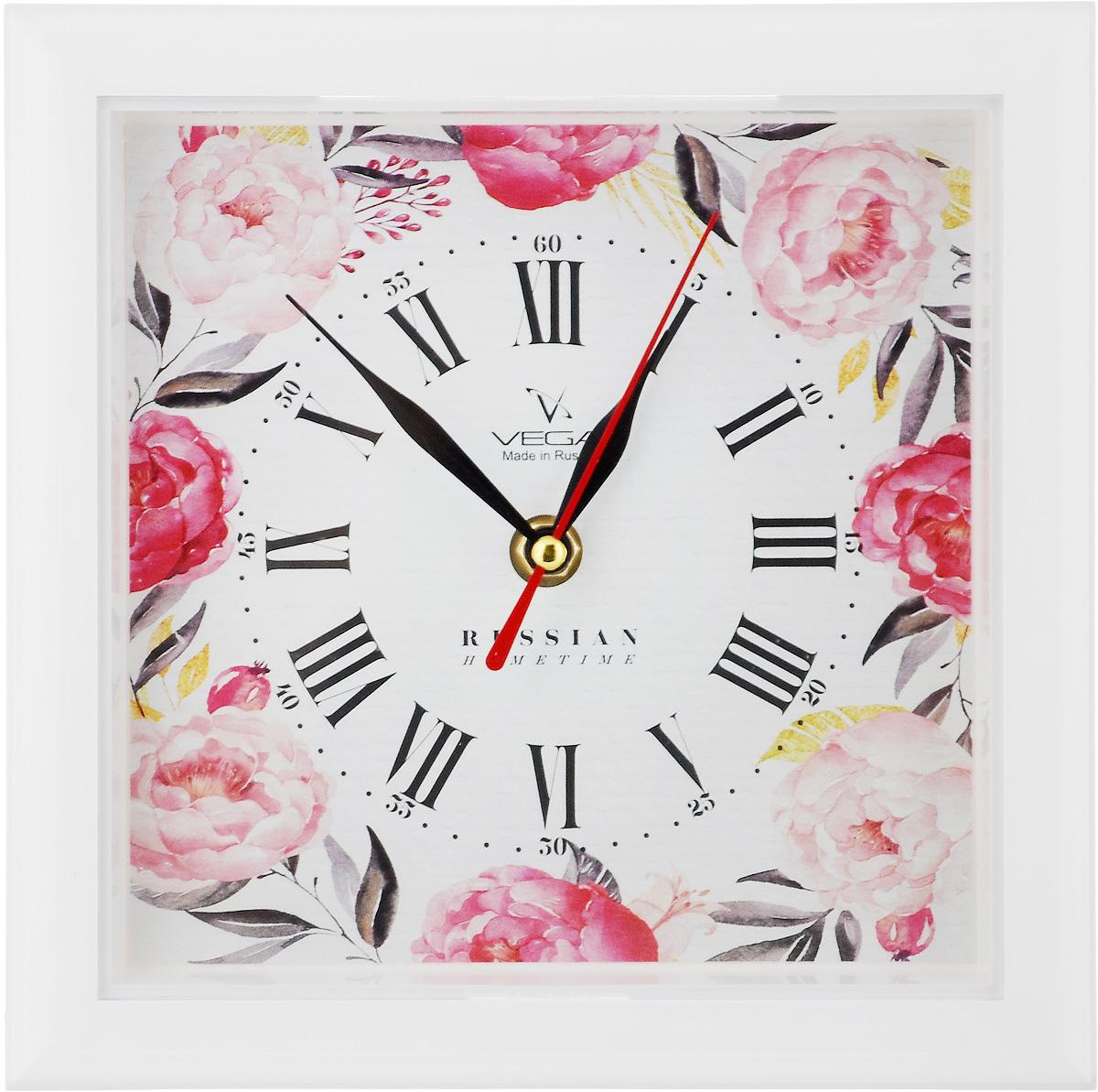 Часы настенные Вега Пионы, 20,6 х 20,6 х 4 см54 009312Настенные кварцевые часы Вега Пионы в классическом дизайне, изготовленные из пластика, прекрасно впишутся в интерьер вашего дома. Квадратные часы имеют три стрелки: часовую, минутную и секундную, циферблат защищен прозрачным пластиком. Часы работают от 1 батарейки типа АА напряжением 1,5 В (не входит в комплект).