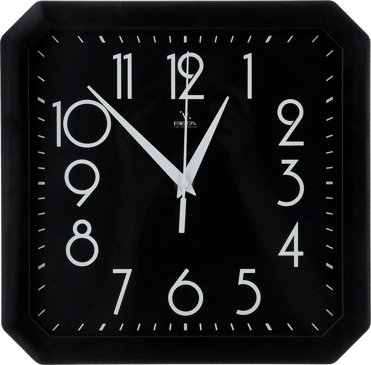 Часы настенные Вега Классика, цвет: черный, 28 х 28 см94672Настенные кварцевые часы Вега Классика, изготовленные из пластика, прекрасно впишутся в интерьер вашего дома. Часы имеют три стрелки: часовую, минутную и секундную, циферблат защищен прозрачным стеклом. Часы работают от 1 батарейки типа АА напряжением 1,5 В (не входит в комплект).