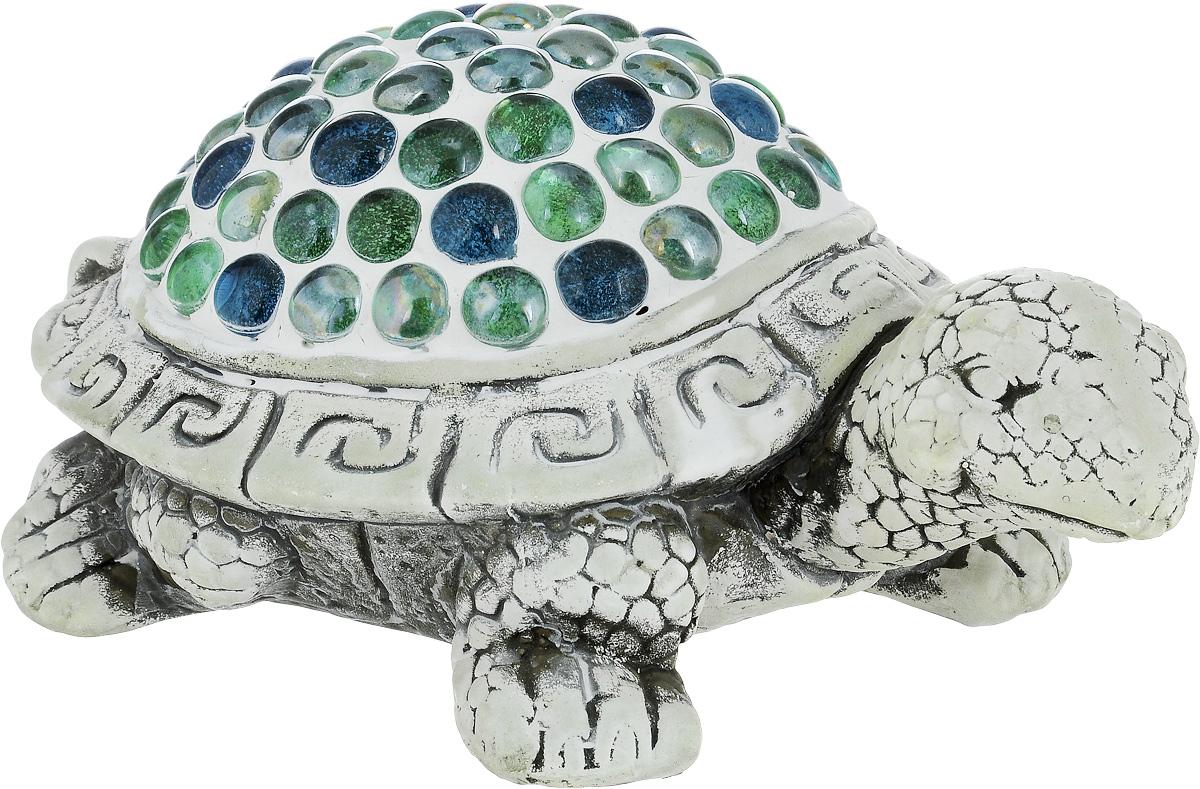 Фигурка декоративная Лилло Черепаха, цвет: серый, зеленый, голубой, длина 24 смJP-15/22Декоративная фигурка Черепаха станет необычным аксессуаром для вашего интерьера и создаст незабываемую атмосферу. Фигурка изготовлена из керамики в виде черепахи. Эта очаровательная вещь послужит отличным подарком близкому человеку, родственнику или другу, а также подарит приятные мгновения и окунет вас в лучшие воспоминания.