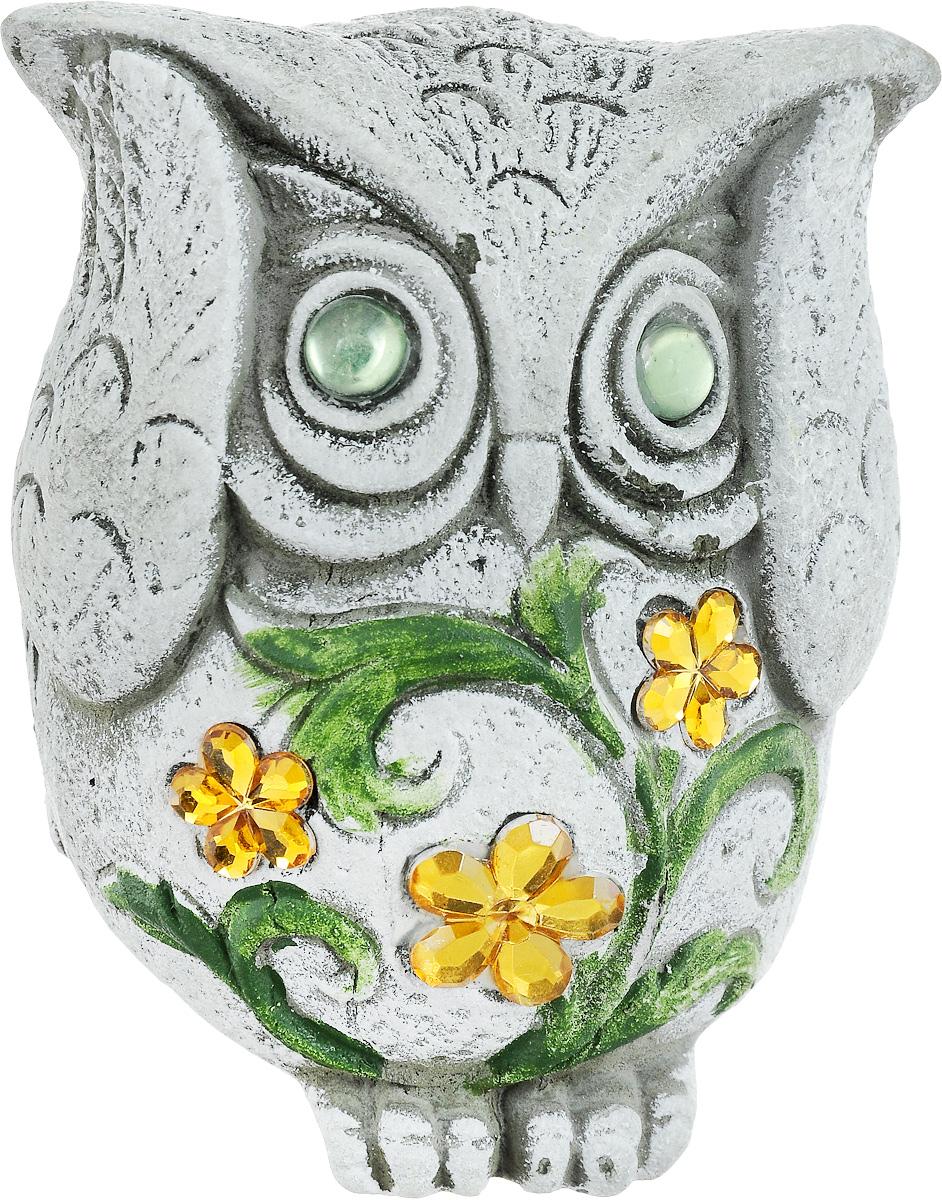 Фигурка декоративная Лилло Сова, цвет: серый, зеленый, желтый, высота 11 смa030073Декоративная фигурка Сова станет необычным аксессуаром для вашего интерьера и создаст незабываемую атмосферу. Фигурка изготовлена из керамики в виде миниатюрной совы. Эта очаровательная вещь послужит отличным подарком близкому человеку, родственнику или другу, а также подарит приятные мгновения и окунет вас в лучшие воспоминания.