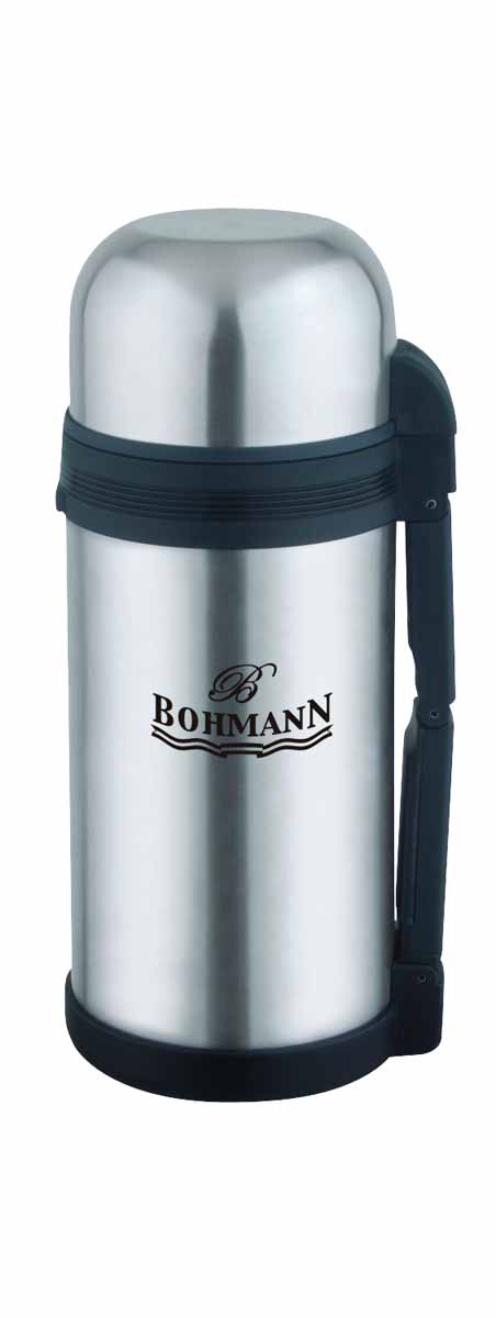 Термос Bohmann, широкое горло, 1,2 лP737863Дорожный универсальный термос Bohmann из нержавеющей стали подходит для напитков и вторых блюд.Небьющийся. Изолированная крышка с чашкой внутри. Термос имеет складывающуюся ручку и клапан для воздуха. Можно мыть в посудомоечной машине. Объём 1,2 л.