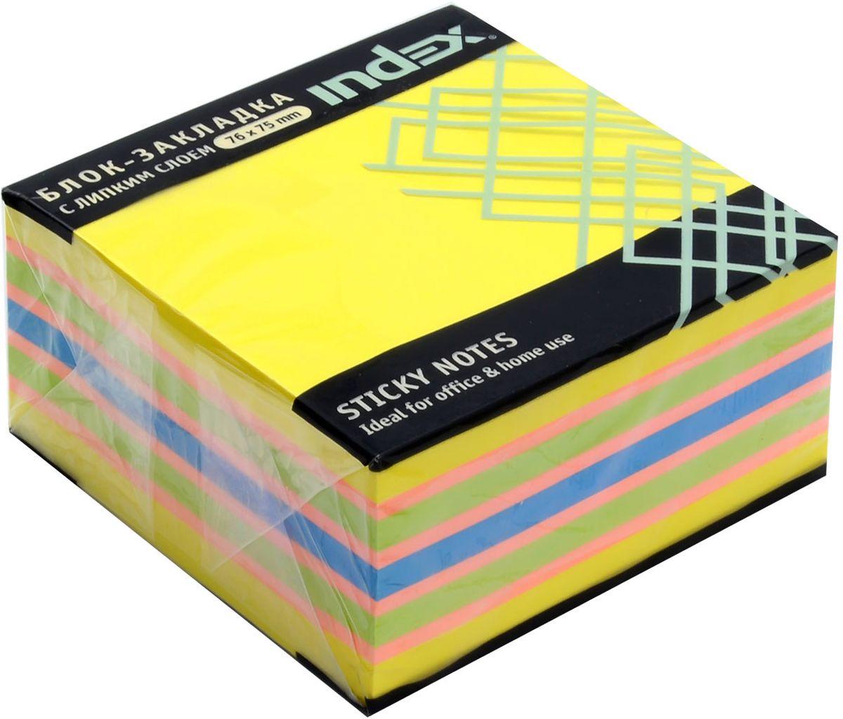 Index Бумага для заметок с липким слоем 7,6 х 7,5 см цвет желтый 400 листов I4338120703415Бумага для заметок с липким слоем Index - яркие листочки с клейким краем обязательно привлекут внимание к вашему сообщению. Листочки легко приклеиваются к любой поверхности, будь то бумага, корпус монитора, дверь. Не оставляют следов после отклеивания.
