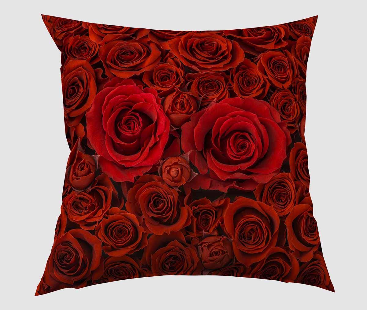 Подушка декоративная Сирень 1001 роза, 40 х 40 смPK0092Декоративная подушка Сирень 1001 роза, изготовленная из габардина (100% полиэстер), прекрасно дополнит интерьер спальни или гостиной. Подушка оформлена красочным изображением цветов. Внутри - мягкий наполнитель из холлофайбера (100% полиэстер). Красивая подушка создаст атмосферу тепла и уюта в спальне и станет прекрасным элементом декора.