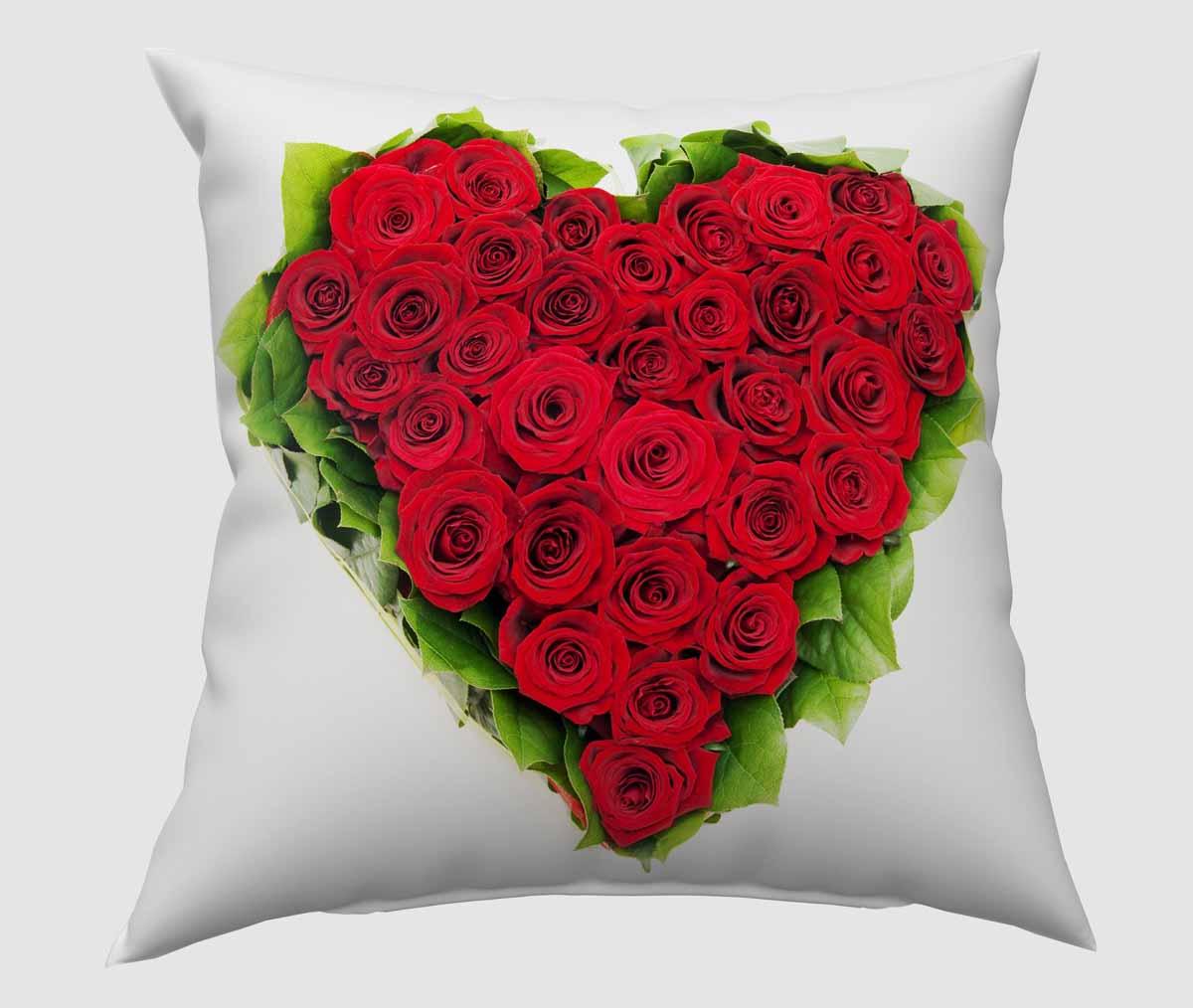 Подушка декоративная Сирень Букет - сердце, 40 х 40 смS03301004Декоративная подушка Сирень Букет - сердце, изготовленная из габардина (100% полиэстер), прекрасно дополнит интерьер спальни или гостиной. Подушка оформлена красочным изображением. Внутри - мягкий наполнитель из холлофайбера (100% полиэстер). Красивая подушка создаст атмосферу тепла и уюта в спальне и станет прекрасным элементом декора.