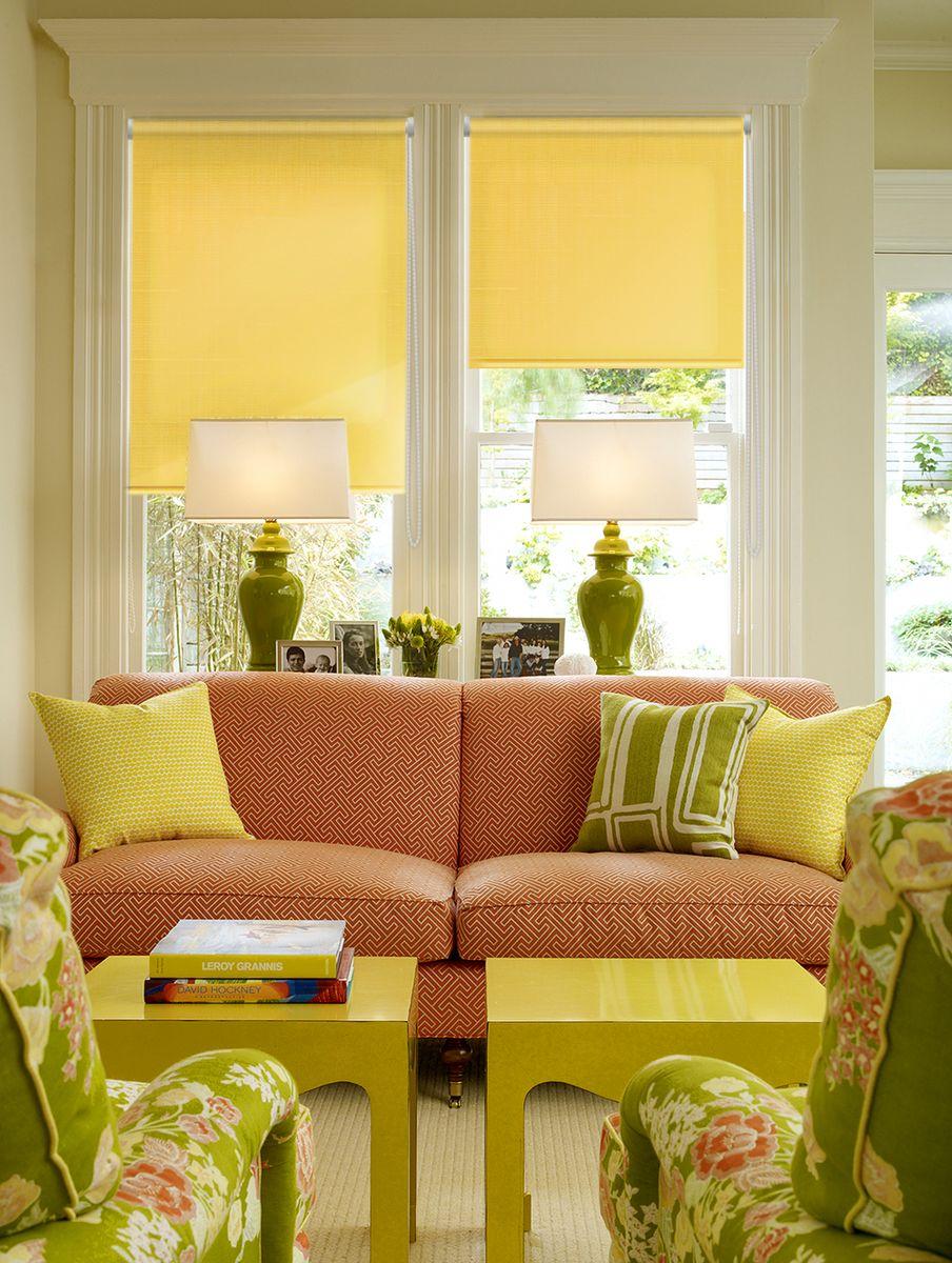 Штора рулонная Эскар Миниролло, цвет: желтый, ширина 48 см, высота 170 смSS 4041Рулонная штора Эскар Миниролло выполнена из высокопрочной ткани, которая сохраняет свой размер даже при намокании. Ткань не выцветает и обладает отличной цветоустойчивостью.Миниролло - это подвид рулонных штор, который закрывает не весь оконный проем, а непосредственно само стекло. Такие шторы крепятся на раму без сверления при помощи зажимов или клейкой двухсторонней ленты (в комплекте). Окно остается на гарантии, благодаря монтажу без сверления. Такая штора станет прекрасным элементом декора окна и гармонично впишется в интерьер любого помещения.