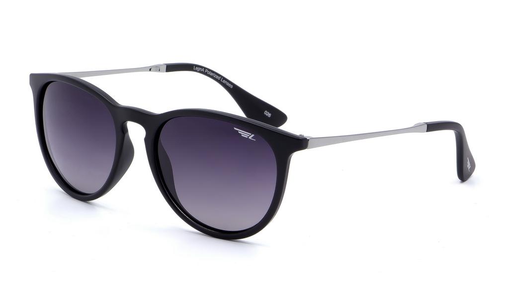 Очки поляризационные Legna, цвет: черный, серый. S8602ABM8434-58AEСолнцезащитные очки Legna с поляризационными линзами превосходно предохраняют глаза от любого рода вредных бликов и УФ-лучей, что делает вождение безопасным и комфортным. Также очки Legna ничем не уступают самым известным маркам и брендам в эстетической части. Благодаря линзам премиум класса очки Legna прекрасно подходят для повседневной носки, занятий спортом, отдыха и конечно для использования за рулем.