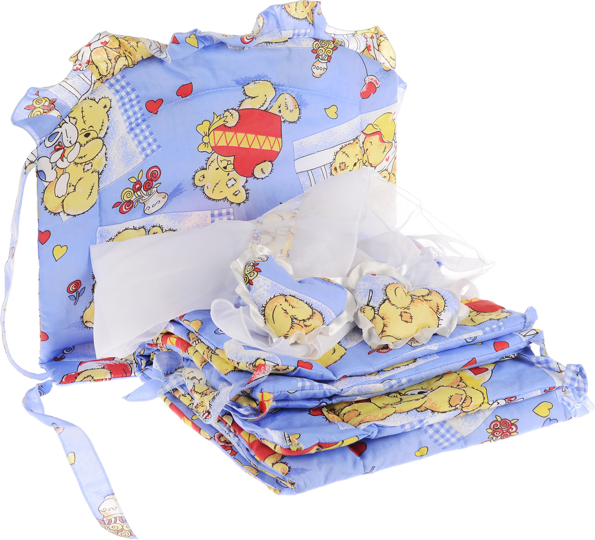 Фея Комплект для детской кроватки Мишка с сердцем 2 предмета3972_синийКомплект для детской кроватки Фея Мишка с сердцем состоит из бортика и балдахина. Бортик в кроватку состоит из четырех частей и закрывает весь периметр кроватки. Бортик крепится к кроватке с помощью специальных завязок, благодаря чему его можно поместить в любую детскую кроватку. Деликатные швы рассчитаны на прикосновение к нежной коже ребенка. Бампер оформлен изображениями милых мишек. Наполнителем служит 100% полиэстер. Балдахин, выполненный из полиэстера, может использоваться как для люльки, так и для кроватки. Размер балдахина: 250 см х 150 см.Общая длина бортика: 360 см.