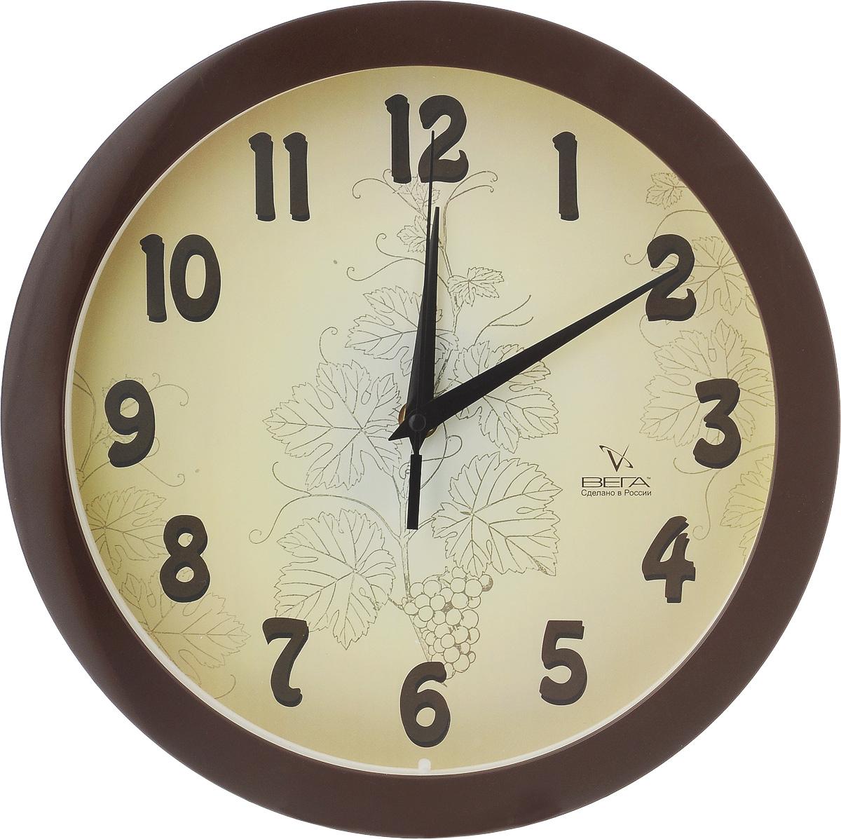 Часы настенные Вега Классика бежевая, диаметр 28,5 см94672Настенные кварцевые часы Вега Классика бежевая, изготовленные из пластика, прекрасно впишутся в интерьер вашего дома. Часы имеют три стрелки: часовую, минутную и секундную, циферблат защищен прозрачным стеклом. Часы работают от 1 батарейки типа АА напряжением 1,5 В (не входит в комплект).Диаметр часов: 28,5 см.