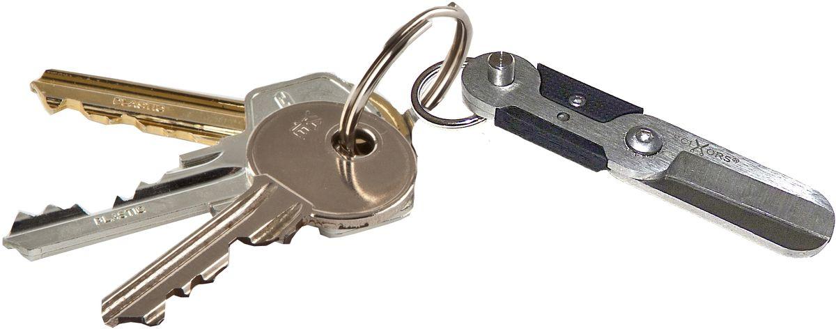 Брелок-ножницы True Utility SciXorsRivaCase 8460 blackБрелок-ножницы SkiXors. Компактные подпружиненные ножницы с быстроразъемным вытяжным зажимом для надежного и безопасного крепления к связке ключей. Удобная, продуманная конструкция со скрытой пружиной для автоматического открывания. Размер 55 х 12 мм