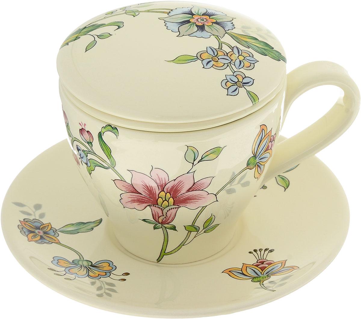 Набор чайный Nuova Cer Прованс, 4 предметаVT-1520(SR)Чайный набор Nuova Cer Прованс состоит из чашки, заварочного фильтра, крышки и блюдца, изготовленных из высококачественной керамики. Изделия оформлены цветочным узором. Красочность оформления придется по вкусу и ценителям классики, и тем, кто предпочитает утонченность и изысканность. Такой набор прекрасно дополнит сервировку стола к чаепитию и подчеркнет ваш безупречный вкус.Чайный набор Nuova Cer Прованс - это прекрасный подарок к любому случаю. Изделия нельзя мыть в посудомоечной машине.Объем чашки: 400 мл.Диаметр чашки (по верхнему краю): 10 см.Высота чашки: 9 см.Диаметр фильтра: 8,5 см.Высота фильтра: 6 см.Диаметр крышки: 10,5 см.Диаметр блюдца: 17 см.Высота блюдца: 2 см.