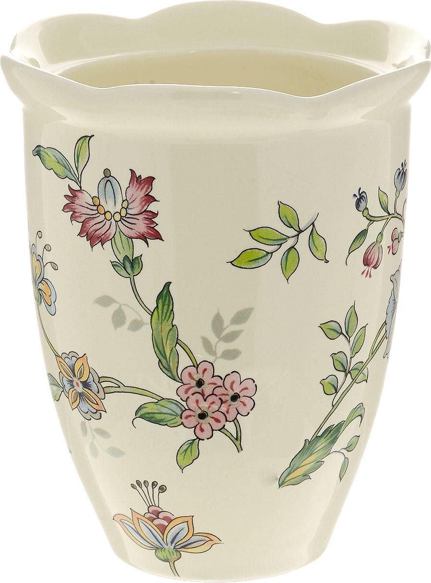 Ваза для цветов Nuova Cer Прованс, высота 15 см54 009312Ваза для цветов Nuova Cer Прованс изготовлена из высококачественной керамики и украшена цветочным узором. Такая оригинальная ваза прекрасно оформит интерьер дома, офиса или дачи. Подойдет как для декора, так и в качестве вазы для цветов. Нельзя мыть в посудомоечной машине.Высота вазы: 15 см.Диаметр по верхнему краю: 13 см.Диаметр дна: 7 см.
