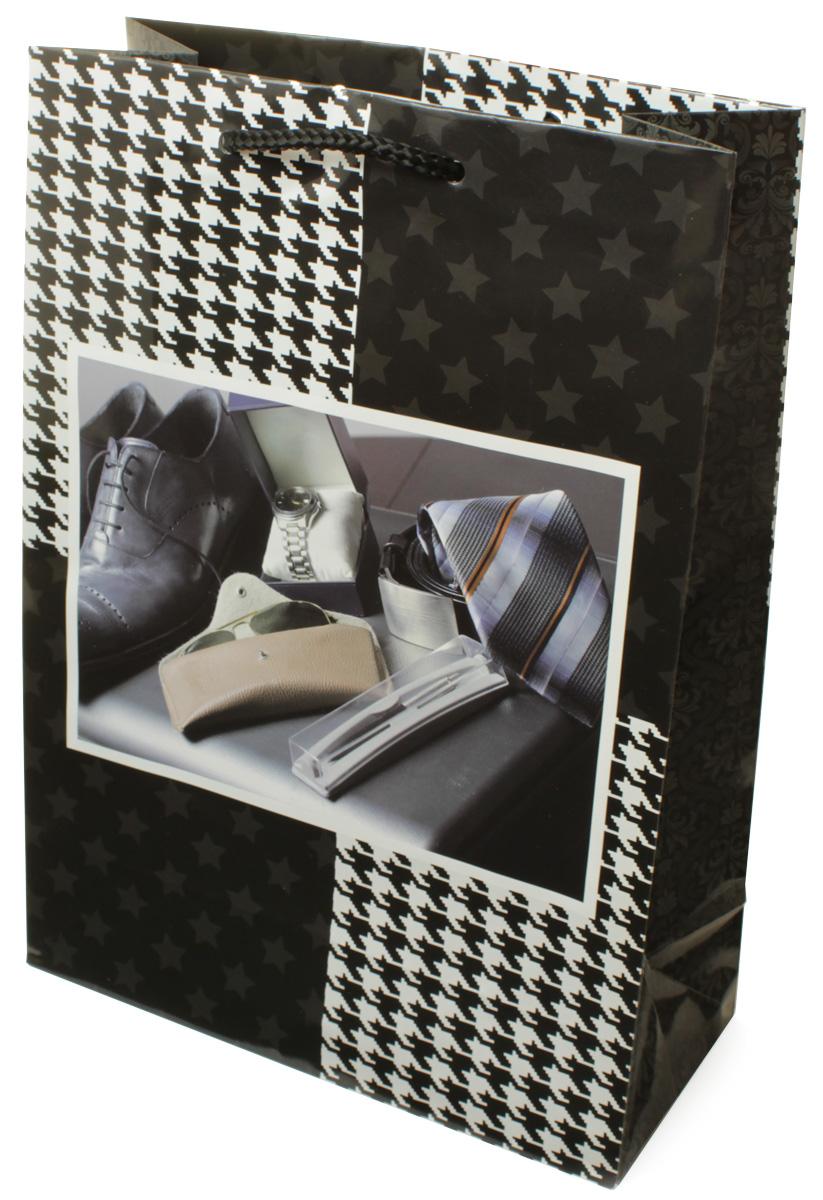 Пакет подарочный МегаМАГ Мужская тематика, 22 х 31 х 10 см. H2. 7063 ML09840-20.000.00Подарочный пакет МегаМАГ, изготовленный из плотной ламинированной бумаги, станет незаменимым дополнением к выбранному подарку. Для удобной переноски на пакете имеются ручки-шнурки.Подарок, преподнесенный в оригинальной упаковке, всегда будет самым эффектным и запоминающимся. Окружите близких людей вниманием и заботой, вручив презент в нарядном, праздничном оформлении.