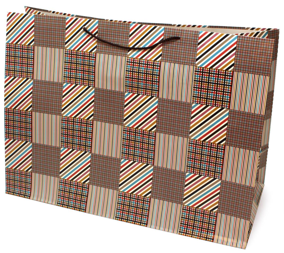 Пакет подарочный МегаМАГ Mix. Клетка, 56 х 41 х 24 см. 924/925 XXLHNLED-454-9W-BKПодарочный пакет МегаМАГ, изготовленный из плотной ламинированной бумаги, станет незаменимым дополнением к выбранному подарку. Для удобной переноски на пакете имеются ручки-шнурки.Подарок, преподнесенный в оригинальной упаковке, всегда будет самым эффектным и запоминающимся. Окружите близких людей вниманием и заботой, вручив презент в нарядном, праздничном оформлении.