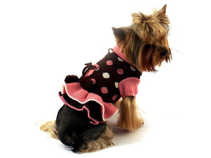 Платье для собак Каскад Горошек, цвет: коричневый, розовый. Размер S0120710Вязаное платье для собак Каскад отлично подойдет для прогулок в прохладную погоду или для дома. Платье имеет короткие рукава свободного кроя, которые не ограничивают свободу движений, поэтому собачка будет чувствовать себя в нем комфортно. Манжеты рукавов и горловина выполнены эластичной вязкой, низ дополнен оборками. Спинка украшена принтом в горошек и помпонами. Модное и удобное платье согреет вашего питомца во время прогулок и защитит от пыли и насекомых.Длина по спинке: 20 см.УВАЖАЕМЫЕ КЛИЕНТЫ!Обращаем ваше внимание, что размеру S соответствует длина спины 20 см.