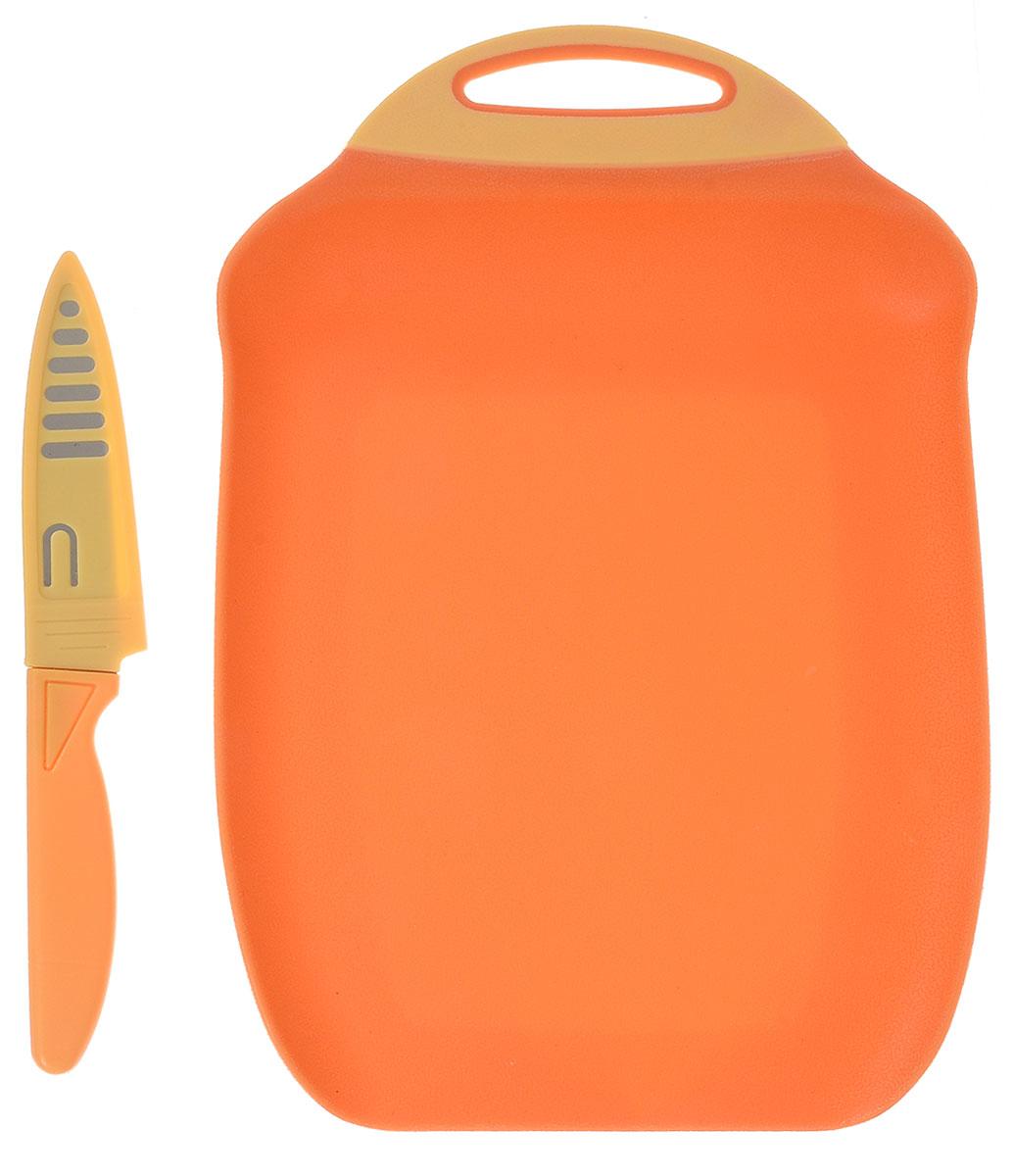 Доска разделочная Menu Ланч, с ножом, цвет: оранжевый, 27 х 18 см54 009312Разделочная доска Menu Ланч изготовлена из высококачественного пищевого пластика и предназначена для разделывания рыбы, мяса, нарезки овощей, фруктов, колбас, сыра и хлеба. Поверхность доски не тупит лезвия ножей и не впитывает запахи продуктов. В конструкции доски предусмотрены специальные небольшие бортики, которые предотвратят случайное ссыпание продуктов. Для удобства хранения доска имеет отверстие для подвешивания. В комплекте имеется нож из нержавеющей стали с защитным чехлом. Эргономичная пластиковая рукоятка не позволяет ножу выскальзывать из рук. Любая хозяйка оценит функциональность данного набора. Мыть только вручную. Размер разделочной доски: 27 х 18 см.Длина ножа: 19 см.Длина лезвия ножа: 10 см.