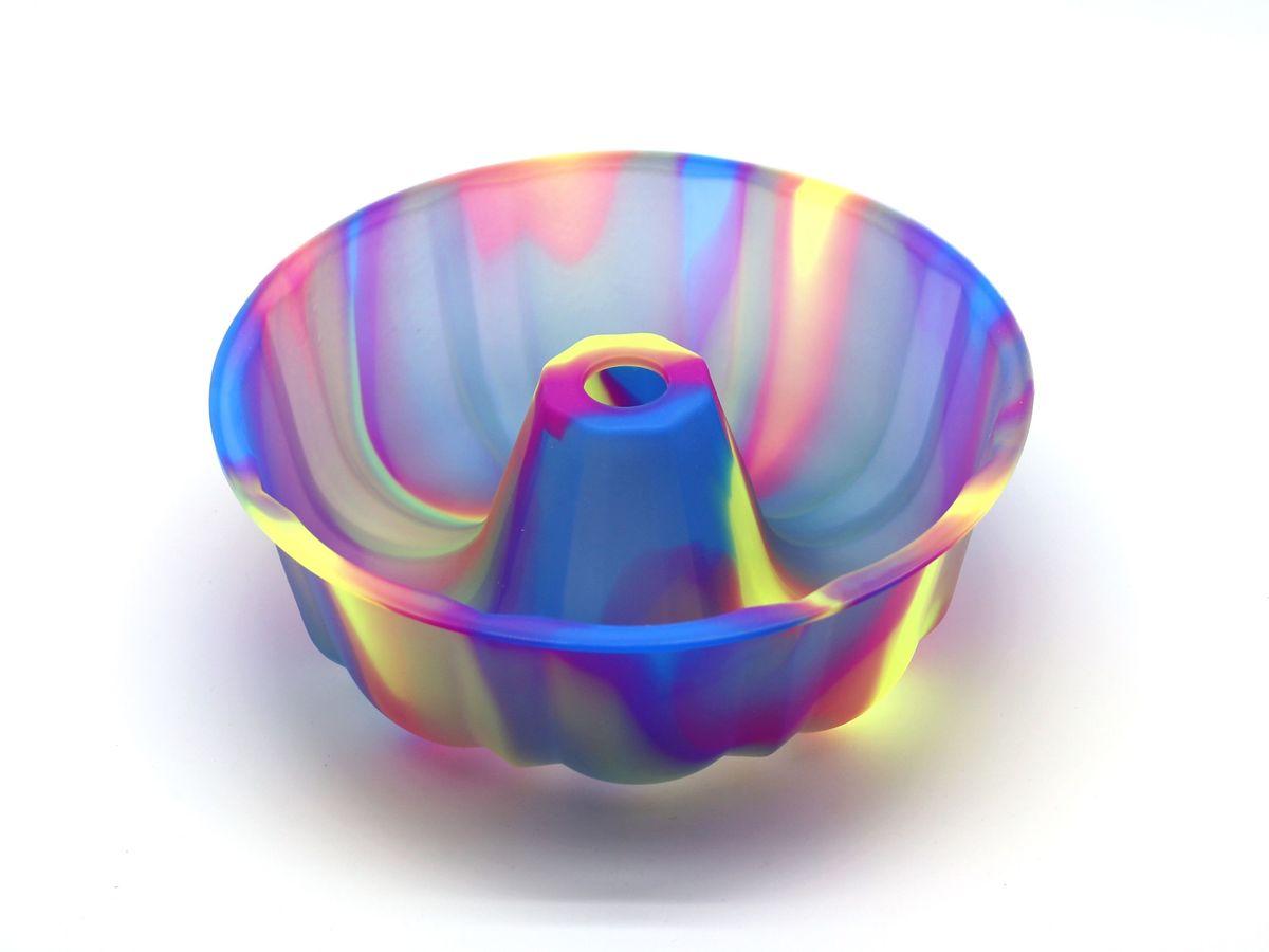 Форма для выпечки Atlantis Шарлотка, диаметр 25,4 см. SC-BK-002M-F54 009312Форма для выпечки силиконовая Atlantis— это отличная форма для выпекания пирога, которая сделана из пищевого силикона. Посуда идеально подходит для выпекания различной выпечки, ведь форма предотвращает тесто от «вытекания», при этом, предоставляя возможность с легкостью извлечь готовую выпечку и получить на ней красивый рисунок. Пищевой силикон абсолютно безопасен и не вступает в реакцию с продуктами, а так же не влияет на запах и вкус готового изделия.