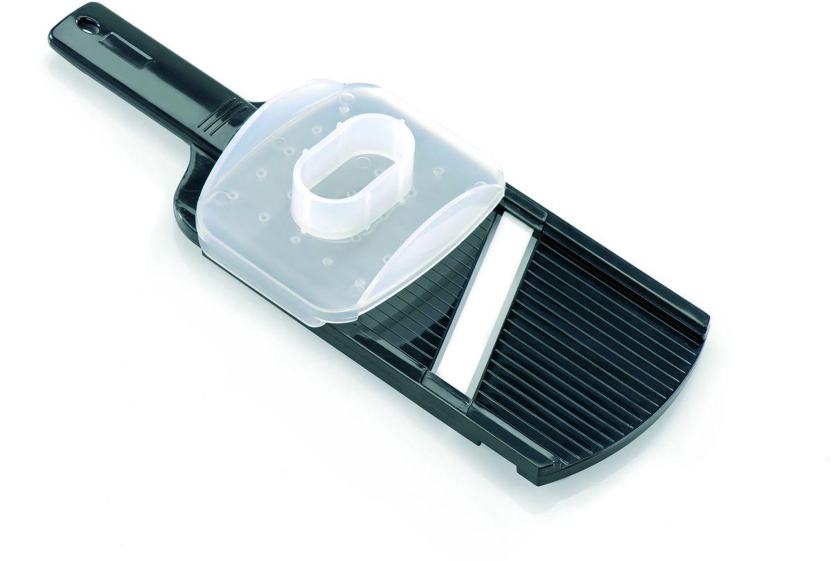 Слайсер керамический Gefu115010Слайсер с керамическим лезвием позволяет нарезать тонкими ломтиками без изменения цвета даже те продукты, которые окисляются на воздухе. Противоаллергенное керамическое лезвие особенно важно для тех людей, кто следит за своим здоровьем. Поставляется в комплекте с защитой для пальцев. Пригоден для мытья в посудомоечной машине.
