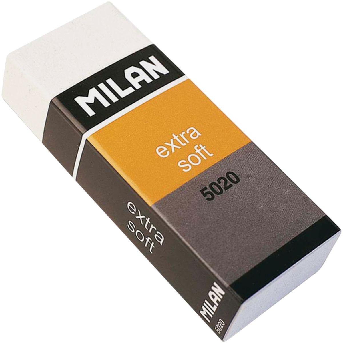 Milan Ластик Extra Soft 5020 прямоугольныйFS-36054Ластик Milan Extra Soft 5020 - это особо мягкий ластик с великолепными абсорбирующими свойствами. Удобная защитная пленка и бумажный держатель защищают от загрязнения. Рекомендуется для работы с любыми видами мягких художественных карандашей, включая уголь и сангину.