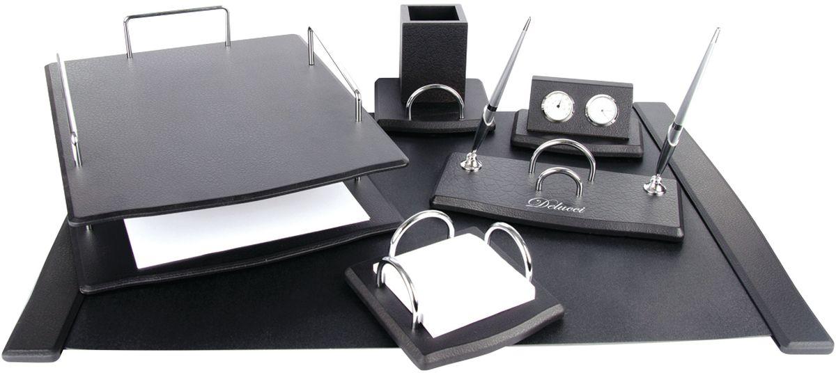 Delucci Канцелярский набор 6 предметов цвет черное деревоSS154_3181/205592В состав набора Delucci входят: подкладка для письма, подставка для ручек (2 ручки в комплекте), подставка для бумажного блока, часы с термометром, двухуровневый лоток для бумаг, подставка для карандашей.