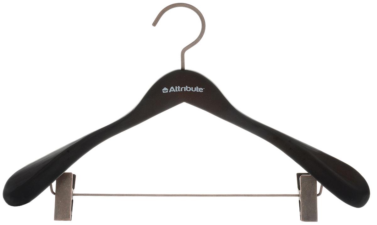 Вешалка для верхней одежды Attribute Hanger Prestige, с клипсами, цвет: коричнево-черный, длина 44 смБрелок для ключейВешалка Attribute Hanger Prestige изготовлена из дерева и металла, снабжена клипсами. Клипсы имеют специальные пластиковые накладки, чтобы не повредить ткань. Вешалка - это незаменимый аксессуар для того, чтобы ваша одежда всегда оставалась в хорошем состоянии. Длина вешалки: 44 см.
