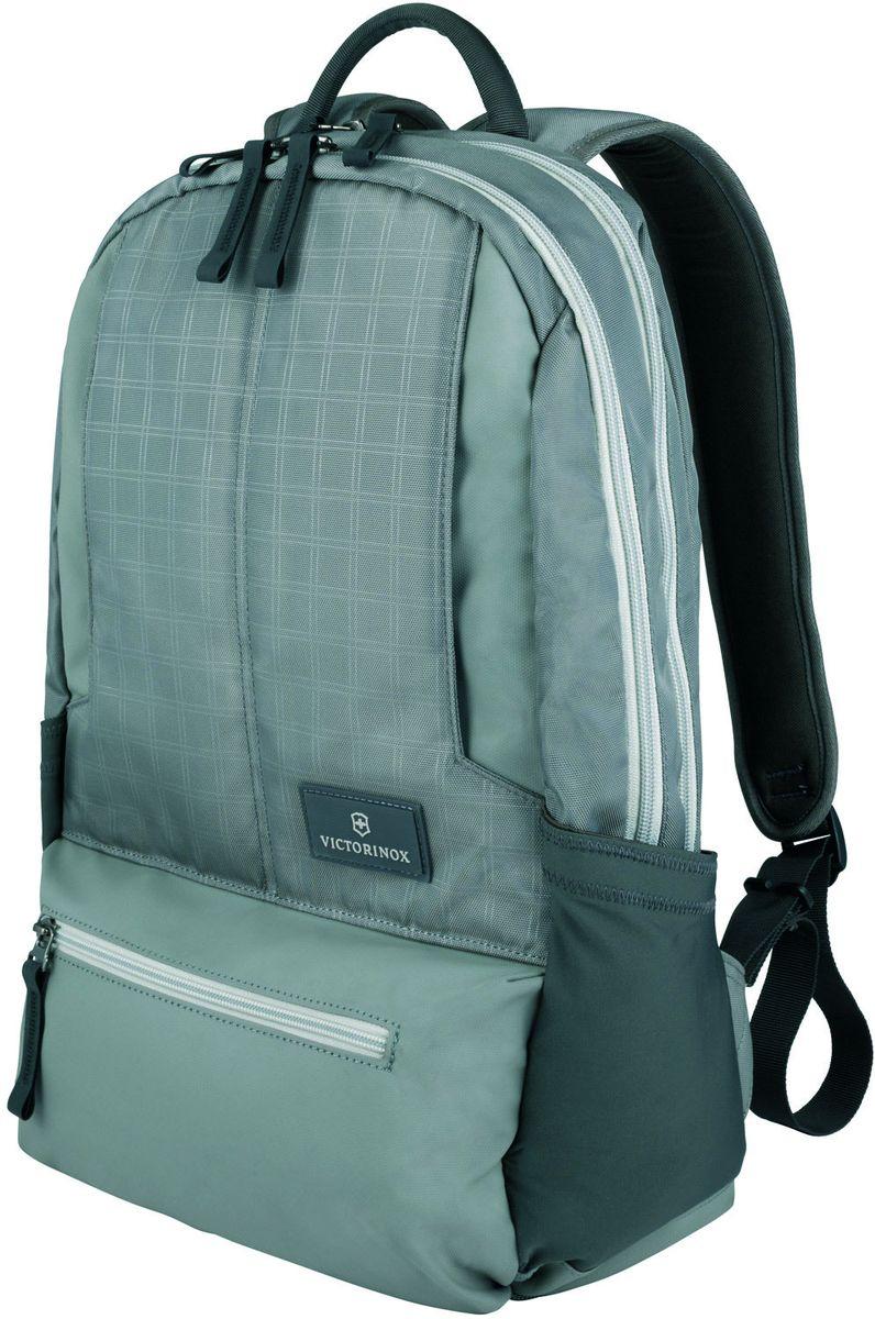 Рюкзак городской Victorinox Altmont 3.0 Laptop Backpack, цвет: серый, 25 л + ПОДАРОК: нож-брелок EscortBP-001 BKИндивидуальность — это то,что отличает вас от любого другого человека,с которым вы сталкиваетесь на улице,в поезде,с которым вы общаетесь в городе.Каждый день вашей жизни — это уникальный опыт,котрый никогда больше не повторится.Коллекция Almont 3.0 создавалась с рачетом на индивидульность. VICTORINOXарт. 32388304РЮКЗАК ДЛЯ НОУТБУКА32x17x46 см0,7 кг25 л• Идеально приспособленный для ежедневных поездок на работу, этот прочный вместительный рюкзак прекрасно подойдёт для хранения ноутбука и других повседневных вещей• Внутренняя организационная секция включает в себя карман с откидной крышкой, петли для ручек, карман для небольших электронных устройств и карманы для хранения• На внешней части рюкзака расположены две застежки-молнии, обеспечивающие быстрый доступ для хранения мелких предметов, и многофункциональные растягивающиеся боковые карманы