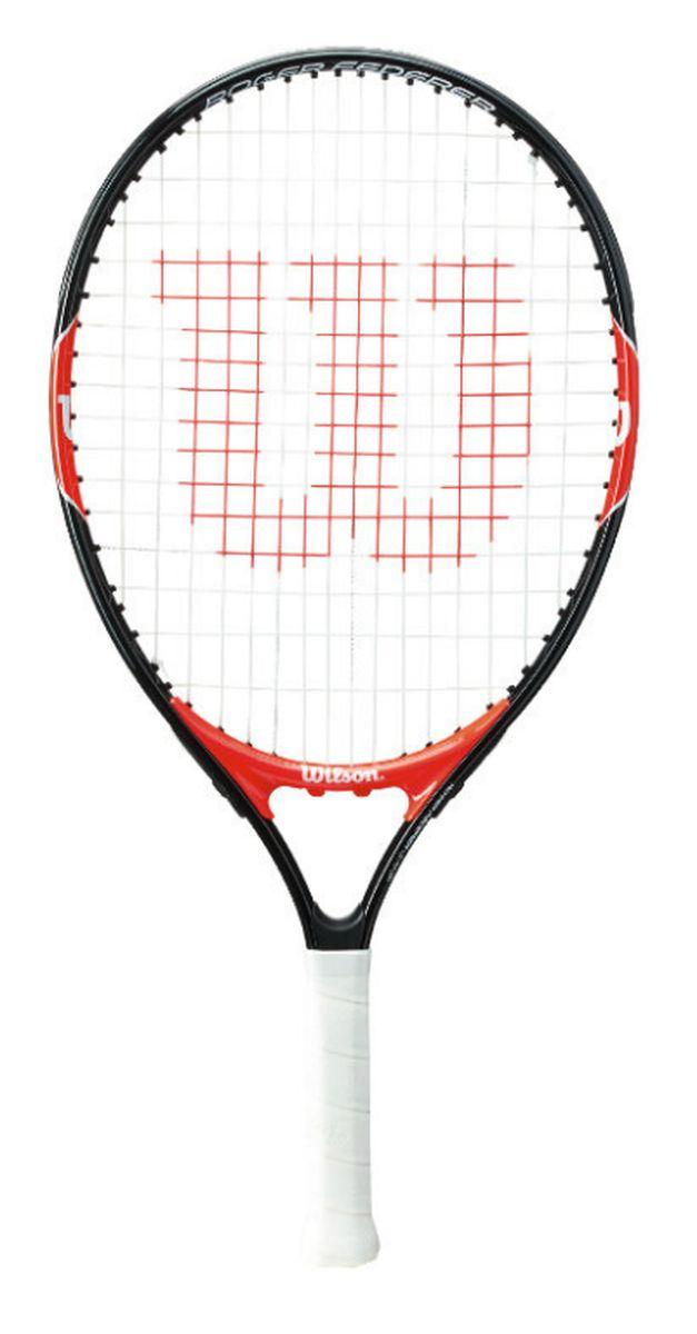 Ракетка теннисная Wilson Roger Federer 21, детскаяWRT200600Теннисная ракетка Wilson Roger Federer 21 представляет собой инструмент, идеально подходящий для начинающих спортсменов, поклонников большого тенниса. Обратите внимание, что данная модель рассчитана исключительно на детей, чей рост не превышает 115 сантиметров, но при этом не ниже 105. Эта модель теннисной ракетки обладает высоким уровнем маневренности благодаря облегченной конструкции. Ее производитель создал из прочного и надежного алюминия. Этот материал уже давно зарекомендовал себя с положительной стороны. Ребенок будет быстрее обучаться теннисной науке и продвигаться в навыках.Вес со струной: 195 г.Размер обода: 90 кв. дюймов.Длина: 53 см.Струнная поверхность: 16 x 16 см.