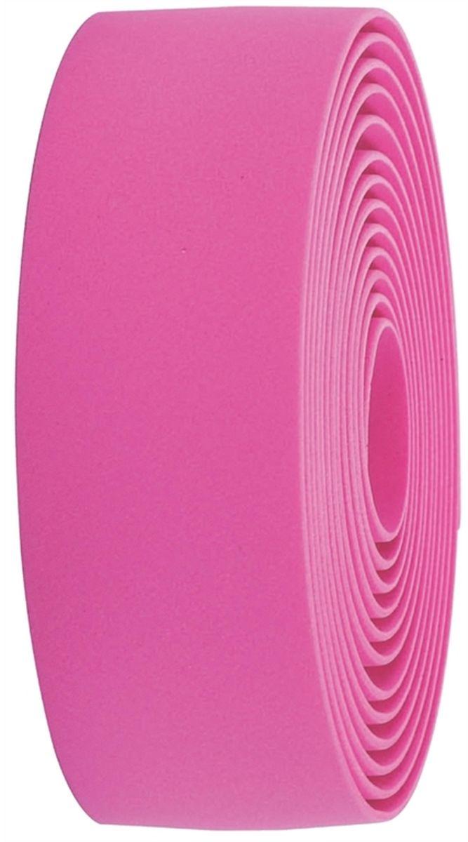 Обмотка руля BBB Race Ribbon, цвет: розовыйBHG-32Синтетическая обмотка BBB Race Ribbon высочайшего качества дает вам крепкий хват и отлично поглощает вибрации. Без слабых мест, в которых обмотка могла бы порваться при интенсивной эксплуатации. Рулон содержит достаточно ленты для того, чтобы обмотать руль любого размера.Финишная обмотка и заглушки руля в комплекте.