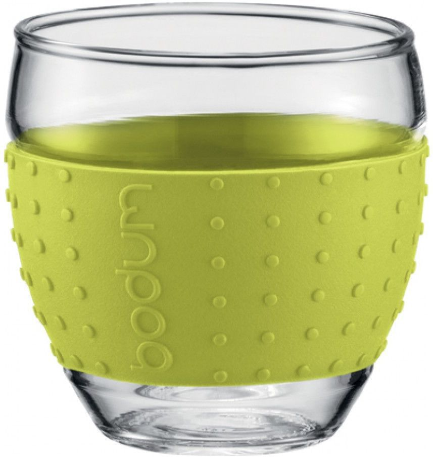 Набор бокалов Bodum Pavina, цвет: лимонный, 0,35 л, 2 шт0660019Набор Bodum Pavina состоит из двух бокалов, выполненных из боросиликатного стекла. Они отличаются высокой прочностью, а также прослужат вам долгое время и не потускнеют даже после многократного мытья в посудомоечной машине. Бокалы оснащены приятным на ощупь силиконовым ободком, который защитит ваши руки от чрезмерно высокой температуры напитка и не позволит бокалу выскользнуть из ваших рук. Бокалы можно использовать в микроволновой печи, ставить в морозильную камеру и мыть в посудомоечной машине.