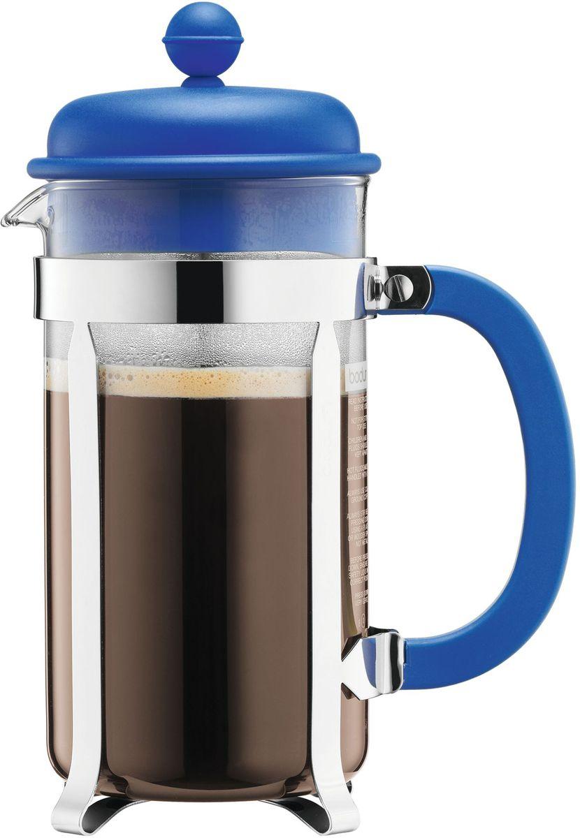 Кофейник с прессом Bodum Caffettiera, цвет: синий, 1 л. A1918-140-Y16391602Кофейник Bodum Caffettiera изготовлен из высококачественного стекла и оснащен фильтром french press из нержавеющей стали, который позволяет легко и просто приготовить отличный напиток. Кофейник оснащен удобной пластиковой ручкой, что исключает его выскальзывание из руки и помещен в оправу из пластика, которая эффективно защищает стекло. Настоящим ценителям натурального кофе широко известны основные и наиболее часто применяемые способы его приготовления: эспрессо, по-турецки, гейзерный. Однако существует принципиально иной способ, известный как french press, благодаря которому приготовление ароматного напитка стало гораздо проще.