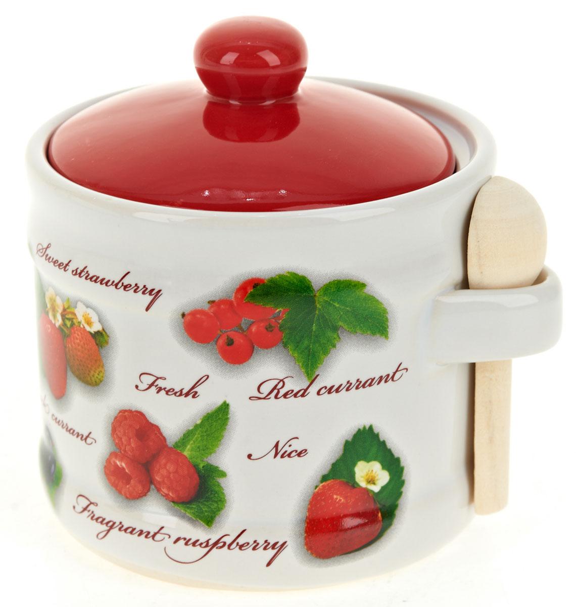 Банка для сыпучих продуктов Polystar Садовая ягода, с ложкойVT-1520(SR)Банка для сыпучих продуктов изготовлена из прочной доломитовой керамики, с деревянной ложечкой. Изделие оформлено красочным изображением. Банка прекрасно подойдет для хранения различных сыпучих продуктов: чая, кофе, сахара, круп и многого другого. Изящная емкость не только поможет хранить разнообразные сыпучие продукты, но и стильно дополнит интерьер кухни. Изделие подходит для использования в посудомоечной машине.