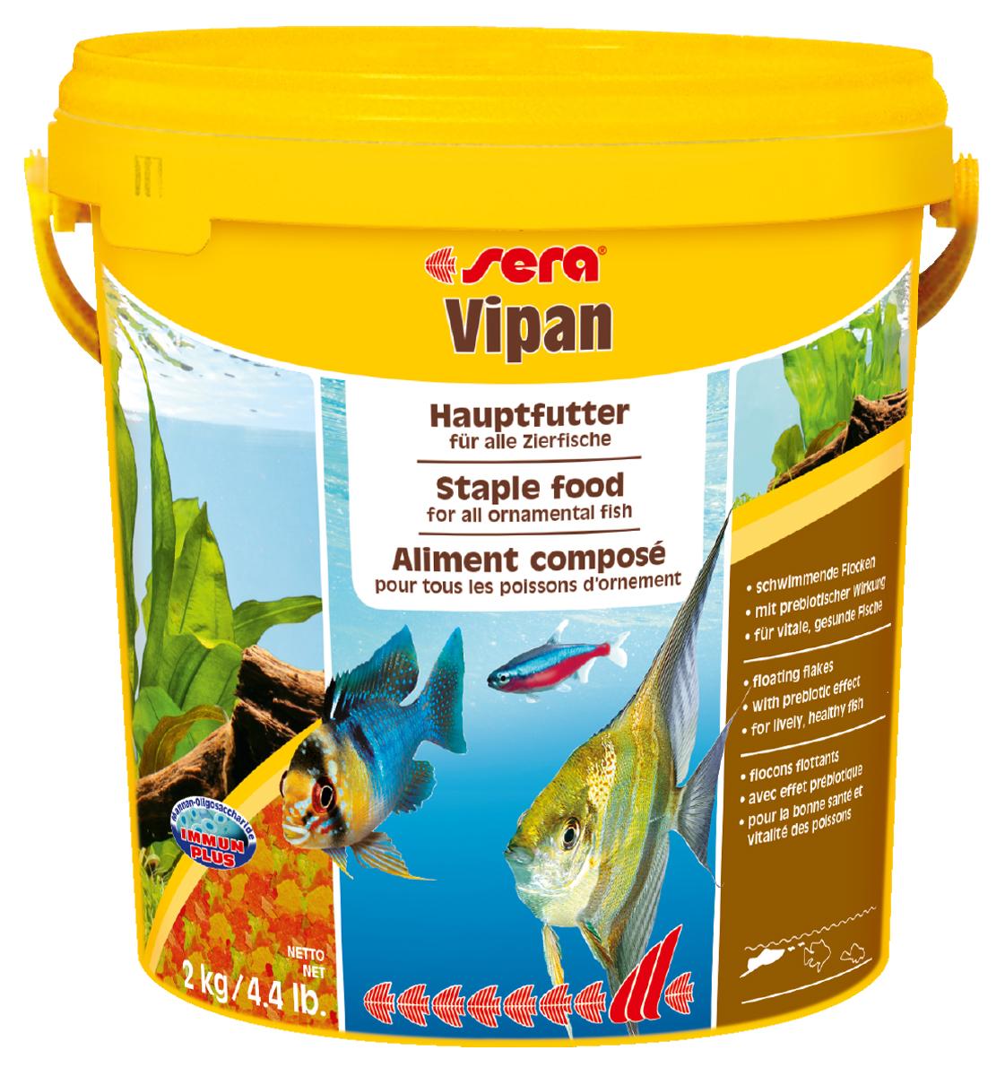 Корм для рыб Sera Vipan, крупные хлопья, 10 л (2 кг)0120710Корм для рыб Sera Vipan - хорошо сбалансированный основной корм в виде крупных хлопьев, содержащий более 40 ингредиентов. Идеально подходит для ежедневного кормления всех декоративных рыб в общих аквариумах. Сбалансированный состав удовлетворяет потребности множества видов. Бережная обработка гарантирует сохранение ценных ингредиентов (например, жирных кислот Омега, витаминов и минералов). Белки и другие питательные вещества делают этот корм высокопитательным и легко перевариваемым рыбами. Формула Vital-Immun-Protect гарантирует вашим рыбам прекрасное здоровье, укрепление иммунитета и обилие жизненных сил. Специальный метод приготовления позволяет хлопьям сохранять свою форму в течение длительного времени, не загрязняя воду. Хлопья в то же время очень нежны и поэтому охотно поедаются рыбой. Ингредиенты: рыбная мука, пшеничная мука, пивные дрожжи, казеинат кальция, гаммарус, яичный порошок, рыбий жир, маннанолигосахарид (MOS 0,4%), спирулина, травы, люцерна, крапива, мука из зеленых губчатых моллюсков, водоросли, зелень петрушки, перец, шпинат, чеснок, морковь, красители, разрешенные в ЕС. Аналитический состав: протеины 46,2%, жиры 8,9%, клетчатка 2,3%, зола 11,9%, влажность 6,7%. Витамины и провитамины на кг: витамин А 37000МЕ, витамин В1 35 мг, витамин В2 90 мг, витамин С 550 мг, витамин D3 1800МЕ, витамин Е 120 мг. Товар сертифицирован.