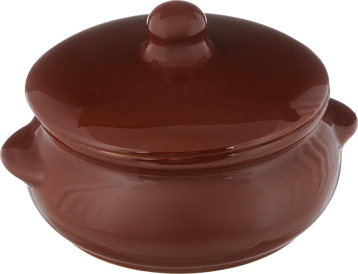 Горшок для запекания Борисовская керамика Радуга, с крышкой, цвет: коричневый, 700 млFS-91909Горшок для запекания Борисовская керамика Радуга с крышкой выполнен из высококачественной керамики. Уникальные свойства красной глины и толстые стенки изделия обеспечивают эффект русской печи при приготовлении блюд. Блюда, приготовленные в керамическом горшке, получаются нежными и сочными. Вы сможете приготовить мясо, сделать томленые овощи и все это без капли масла. Это один из самых здоровых способов готовки. Можно использовать в духовке и микроволновой печи. Диаметр горшка (по верхнему краю): 15 см.Высота стенок: 7 см. Объем: 700 мл.