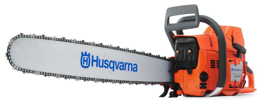 Бензопила Husqvarna 395XP20157Передовая бензопила XP большого размера для самых сложных лесных работ. Идеальная бензопила для заготовки древесины твердых пород с использованием длинных пильных шин. Обладает классическими достоинствами моделей Husqvarna XP, такими как высокое отношение мощность/вес. Оснащена выносливым высокооборотным двигателем с улучшенным цилиндром и виброзащищенным карбюратором. XP