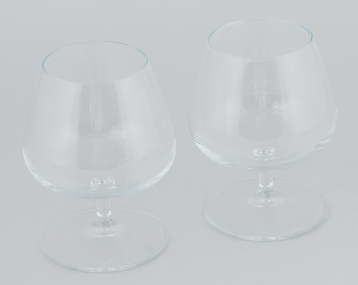 Набор бокалов Pasabahce Charante, 430 мл, 2 штVT-1520(SR)Набор Pasabahce Charante состоит из двух бокалов, выполненных из прочного натрий-кальций-силикатного стекла. Изделия отлично подходят для подачи коньяка. Бокалы сочетают в себе элегантный дизайн и функциональность. Набор бокалов Pasabahce Charante прекрасно оформит праздничный стол и создаст приятную атмосферу за ужином. Такой набор также станет хорошим подарком к любому случаю. Можно мыть в посудомоечной машине.Диаметр бокала (по верхнему краю): 6,5 см. Высота бокала: 13 см.