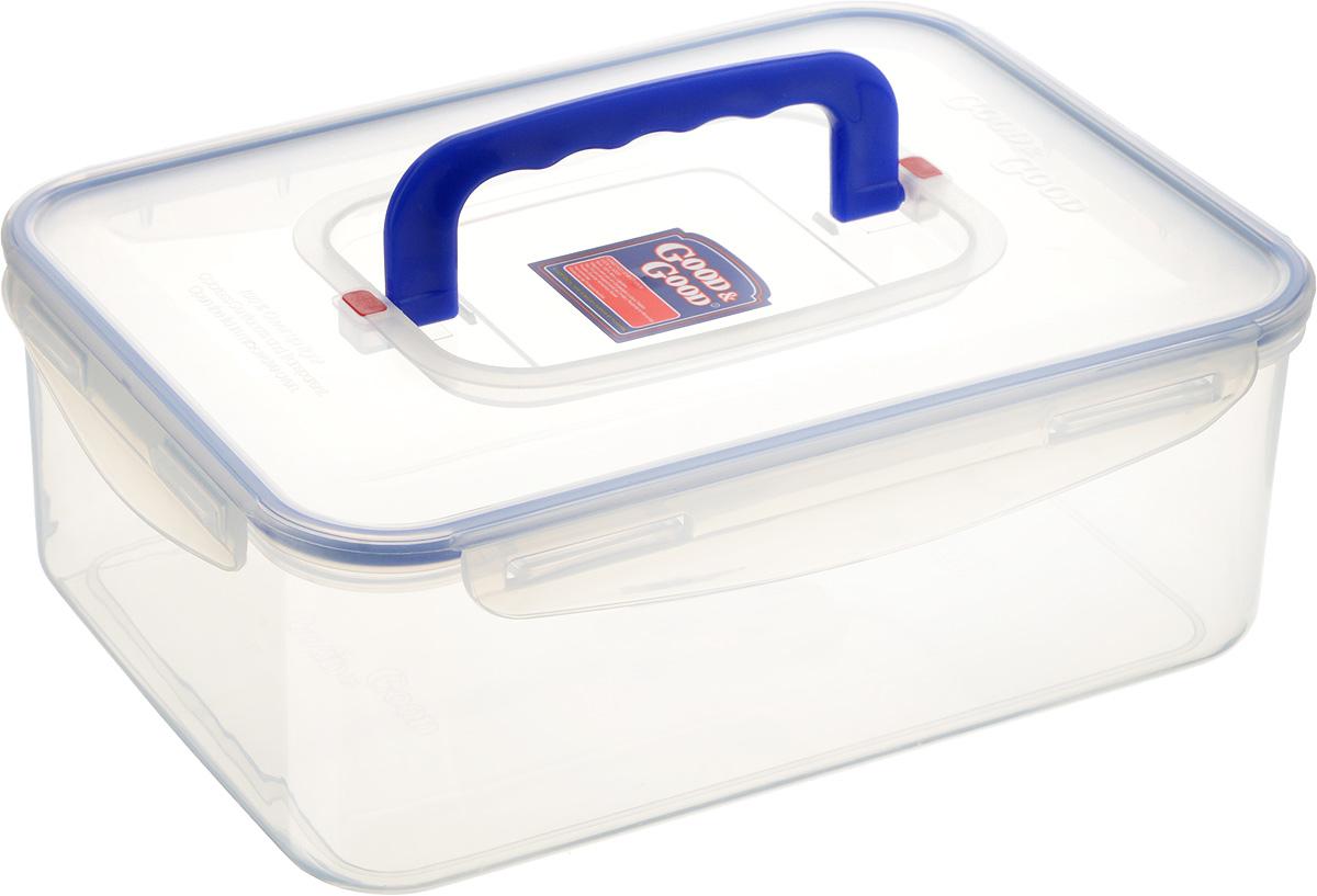 Контейнер пищевой Good&Good, с ручкой, цвет: прозрачный, синий, 3,3 лVT-1520(SR)Прямоугольный контейнер Good&Good изготовлен из высококачественного полипропилена и предназначен для хранения любых пищевых продуктов. Благодаря особым технологиям изготовления, лотки в течение времени службы не меняют цвет и не пропитываются запахами. Крышка с силиконовой вставкой герметично защелкивается специальным механизмом. Контейнер Good&Good удобен для ежедневного использования в быту.Можно мыть в посудомоечной машине и использовать в микроволновой печи.Размер контейнера (с учетом крышки): 26 х 19 х 10 см.